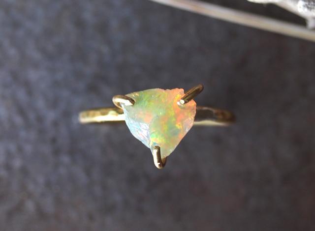 [一点物]原石のオパールのリング