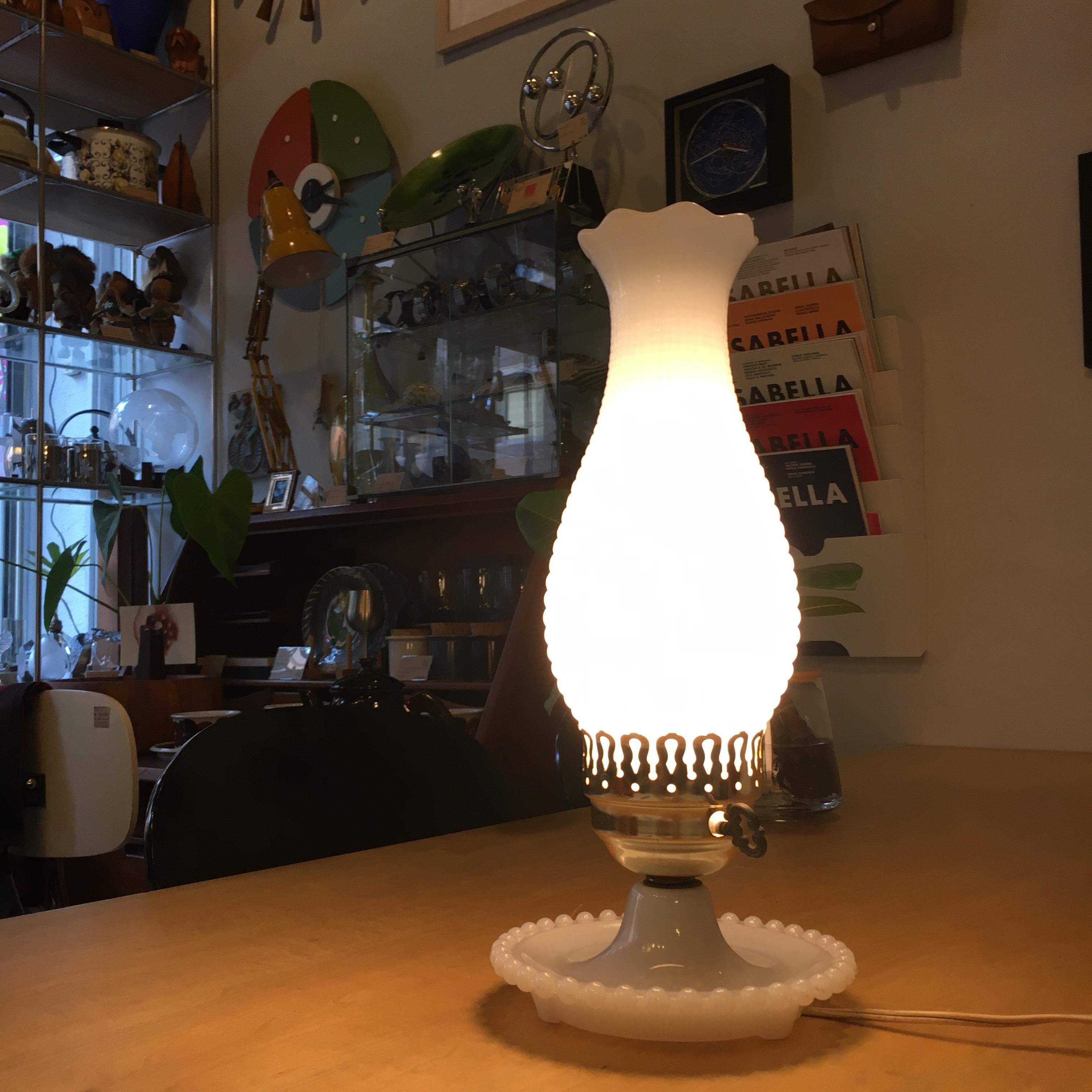 USA ヴィンテージ ホブネイル ミルクガラス テーブルランプ