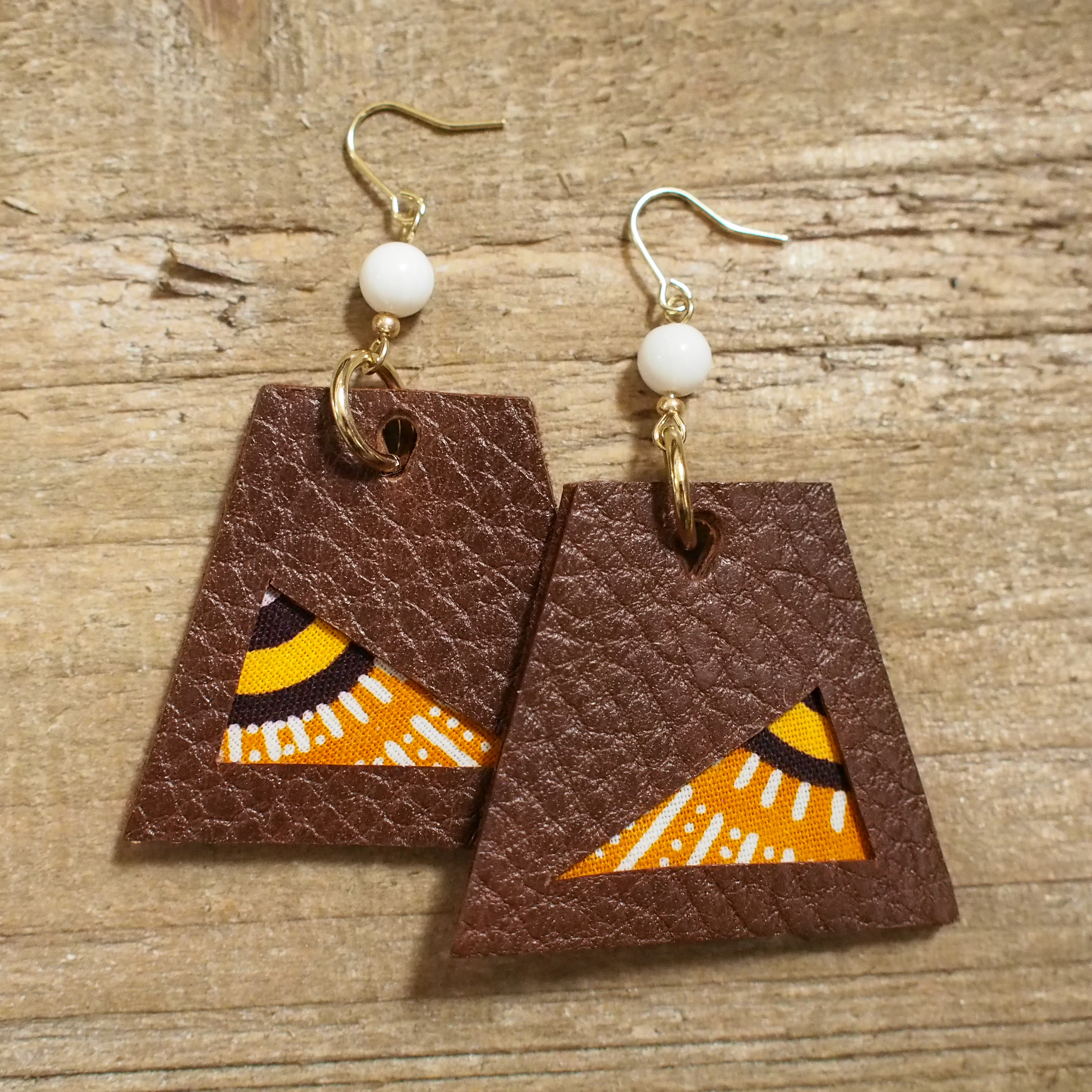 Leather trapezoid Pierce / red brown