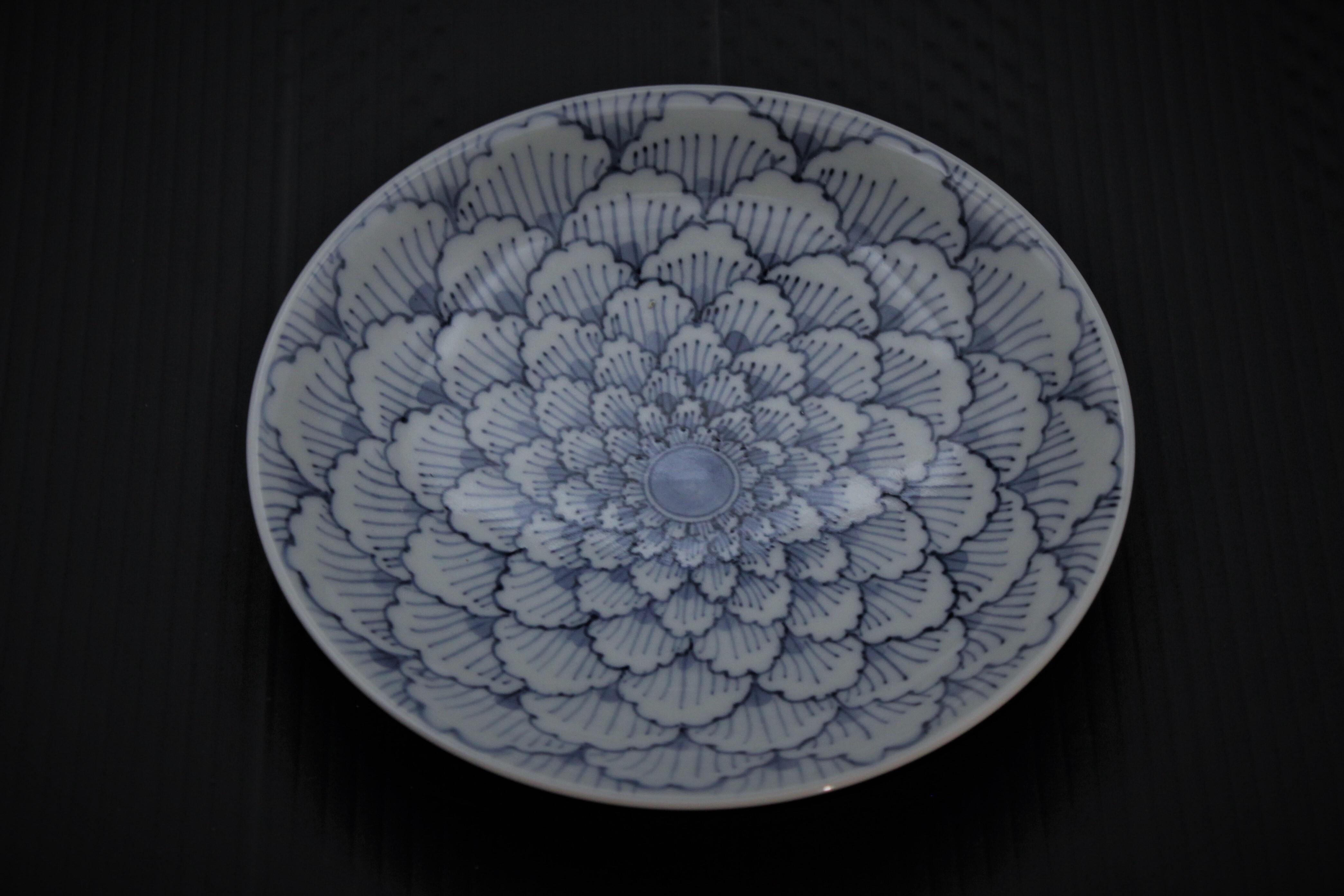牡丹花弁紋5寸皿