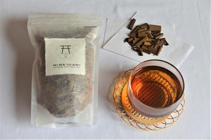 マコモ茶  (MAKOMO TEA)