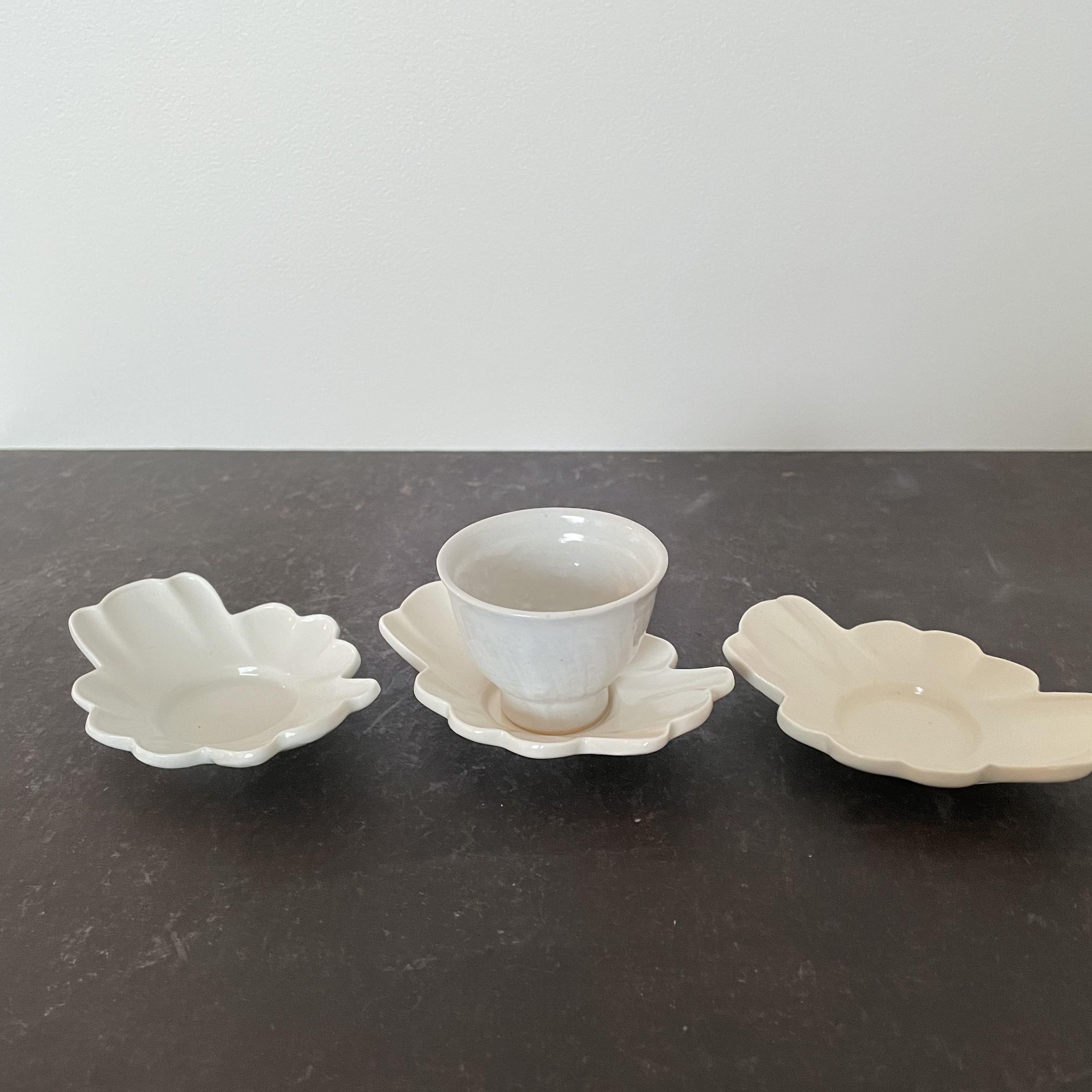 豊増一雄    白瓷茶托 (カニ)