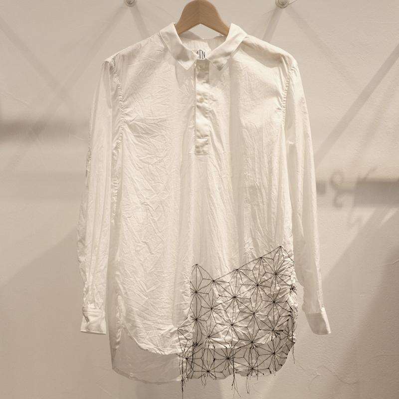 KUON(クオン) 刺し子麻の葉柄 刺繍シャツ