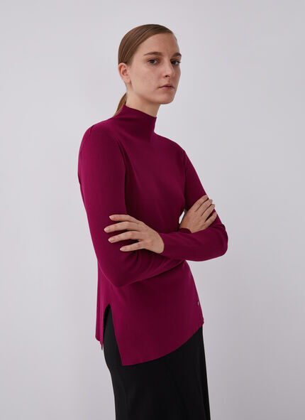 THICK-STRETCH KNIT SWEATER