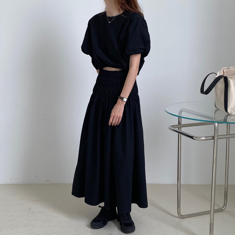 puff sleeve blouse & Aline skirt set up(black)