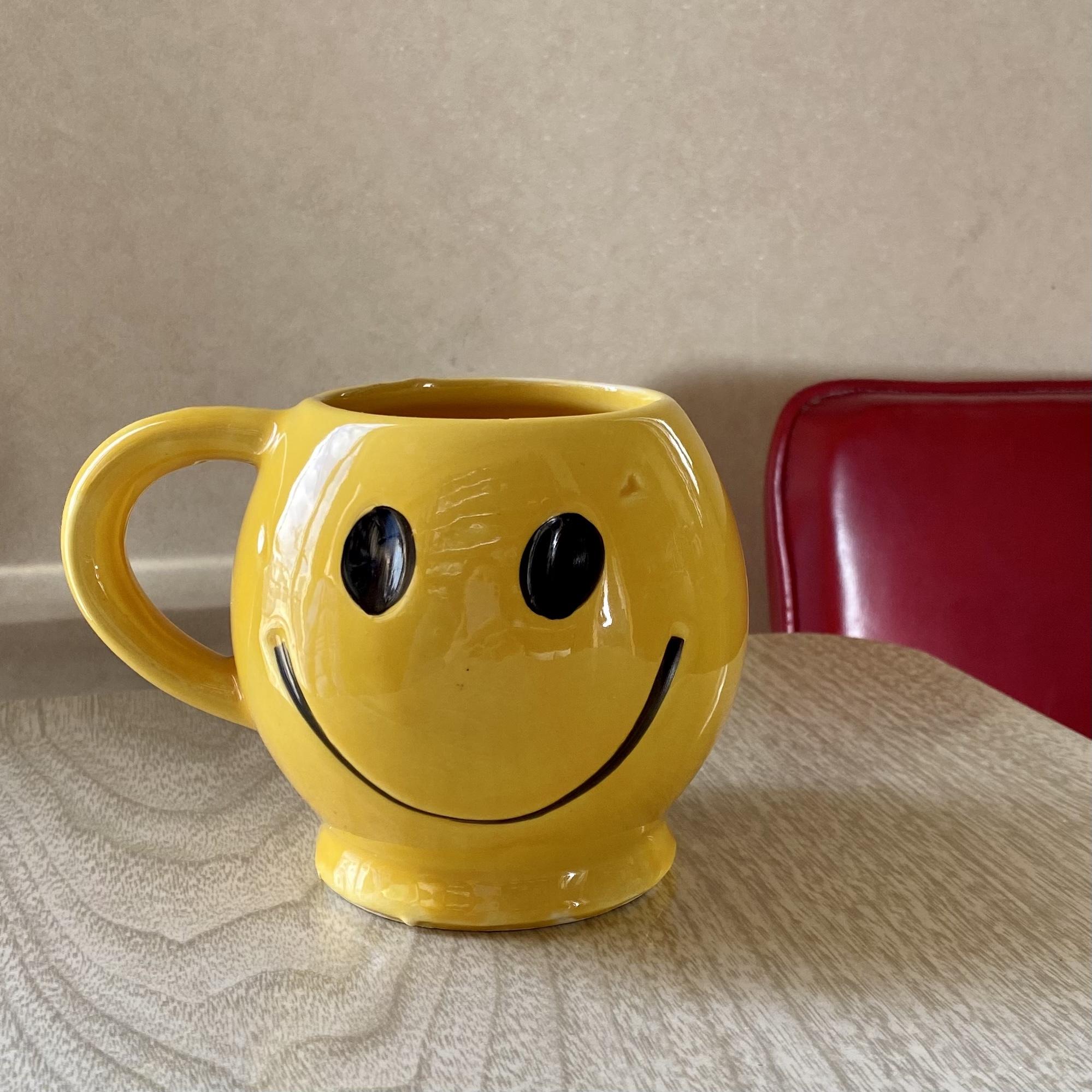 """70年代 USA製 """" MC  COY""""マッコイスマイル マグカップ  ヴィンテージ食器 刻印あり 70's  Vintage Mccoy Smile  Mug  Cup"""