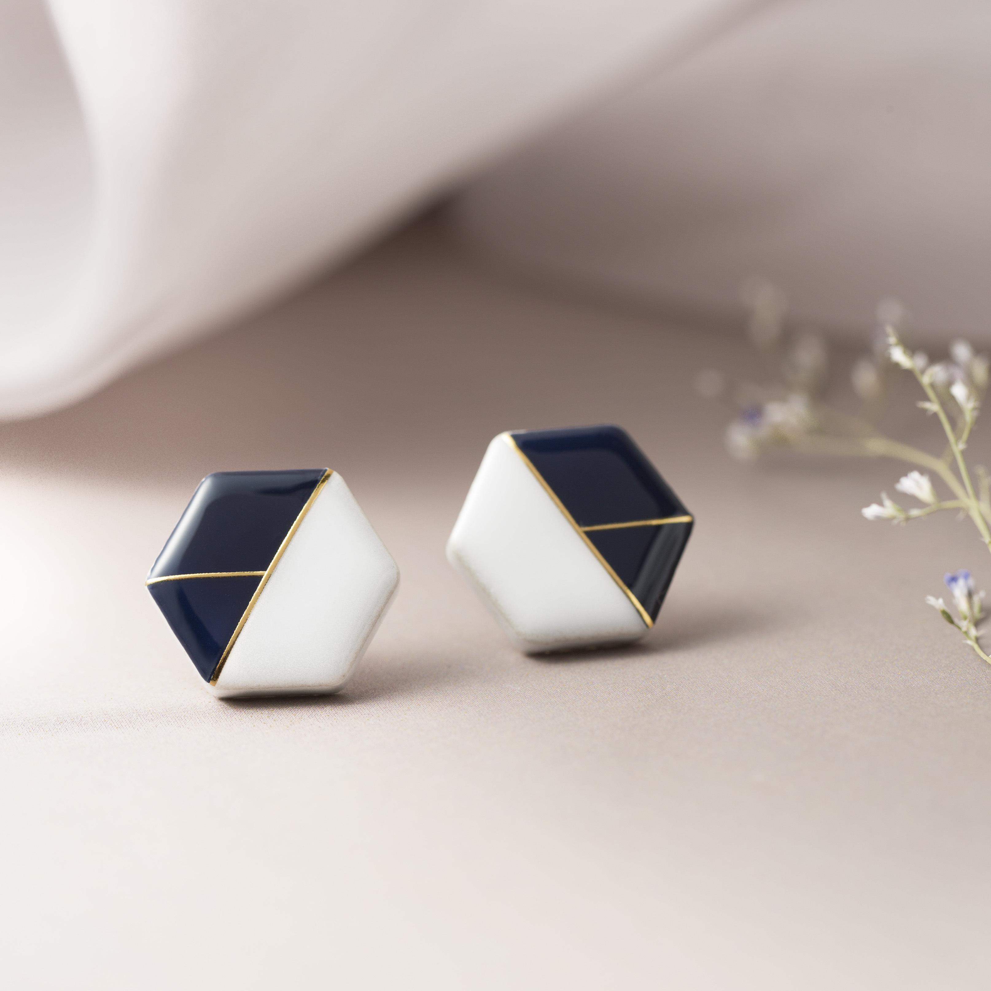 陶器 六角形 クラシカルライン イヤリング&ピアス ホワイト×ネイビー 伝統工芸品 美濃焼