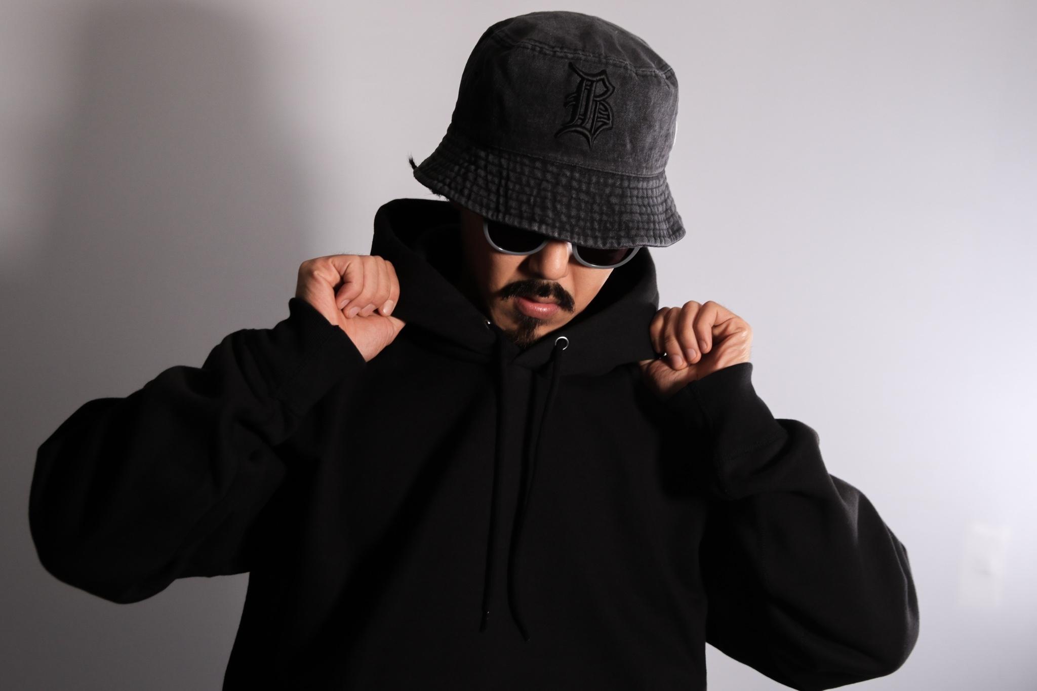 "OL""D""-B- DENIM BUCKET HAT [BLACK x BLACK]"