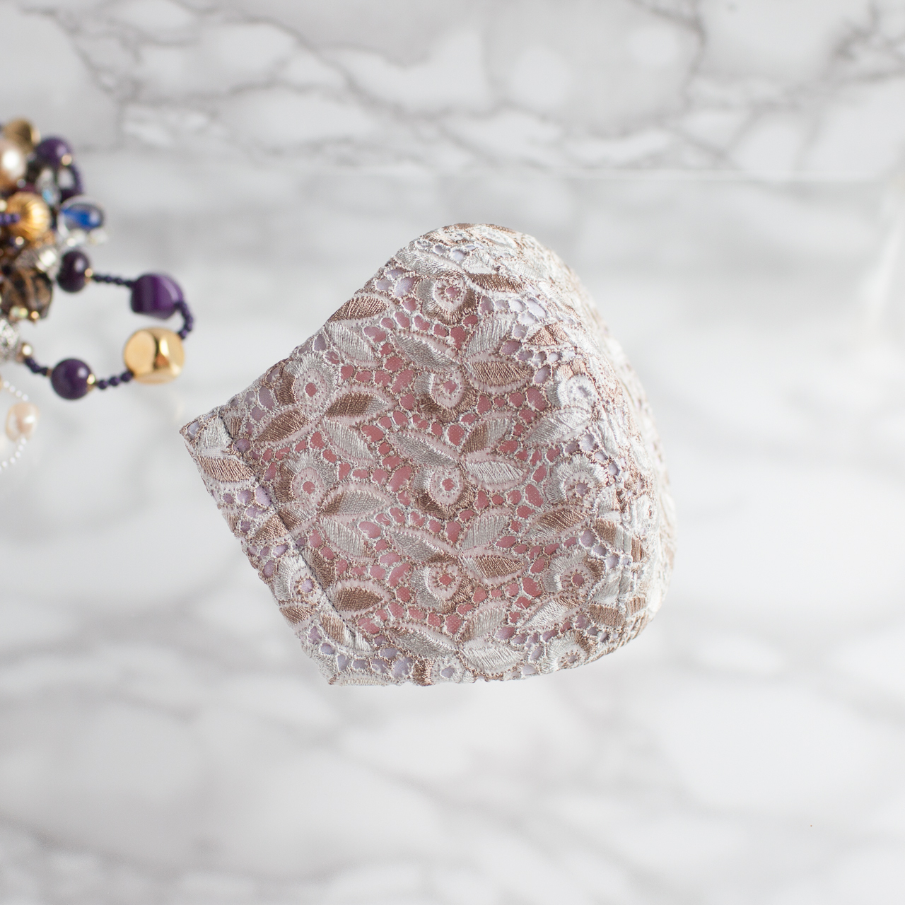 PSNY エレガントなオリエンタル・リーフ・デザインの美しいレース アイボリー・ベージュ フィルター入り 結婚式 ブライダル パーティー 選べる内側素材 美人 高級 おしゃれ ますく マスク LO78