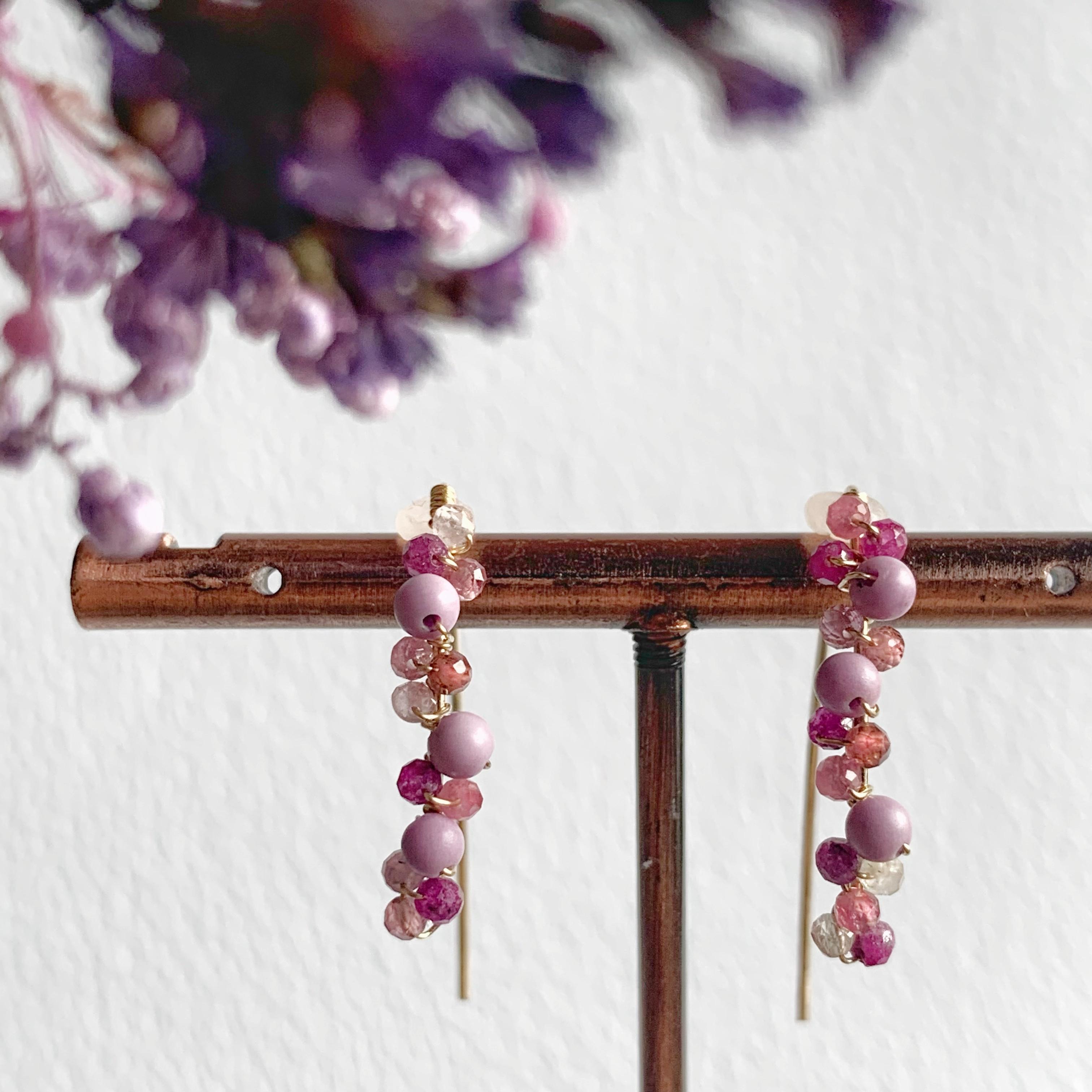 【JORIE】14kgf 葡萄の季節 マーキスピアス(ルビー、ピンクトルマリン、フォスフォシィデライト)