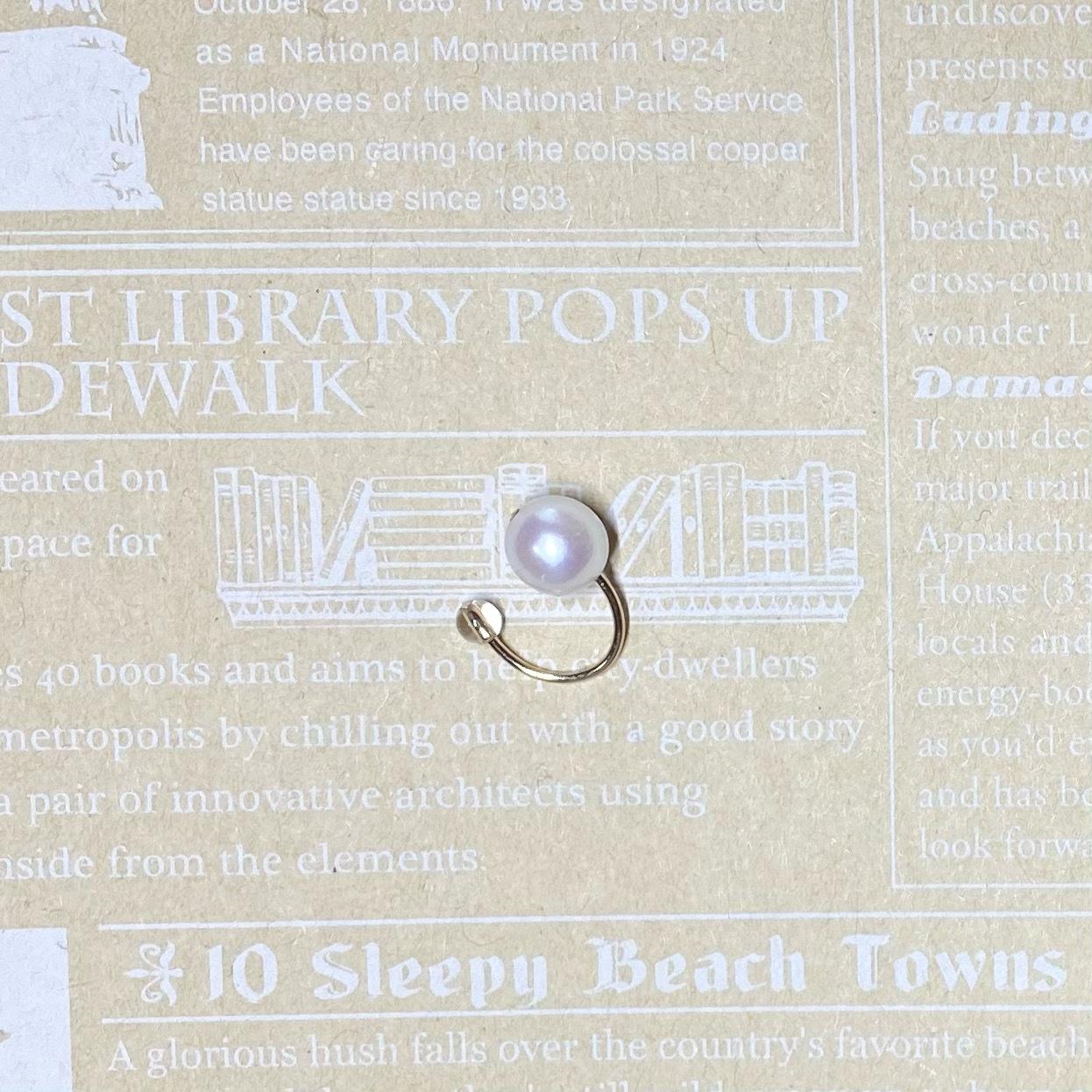 (14KGF)アコヤ真珠と水晶のイヤーカフス
