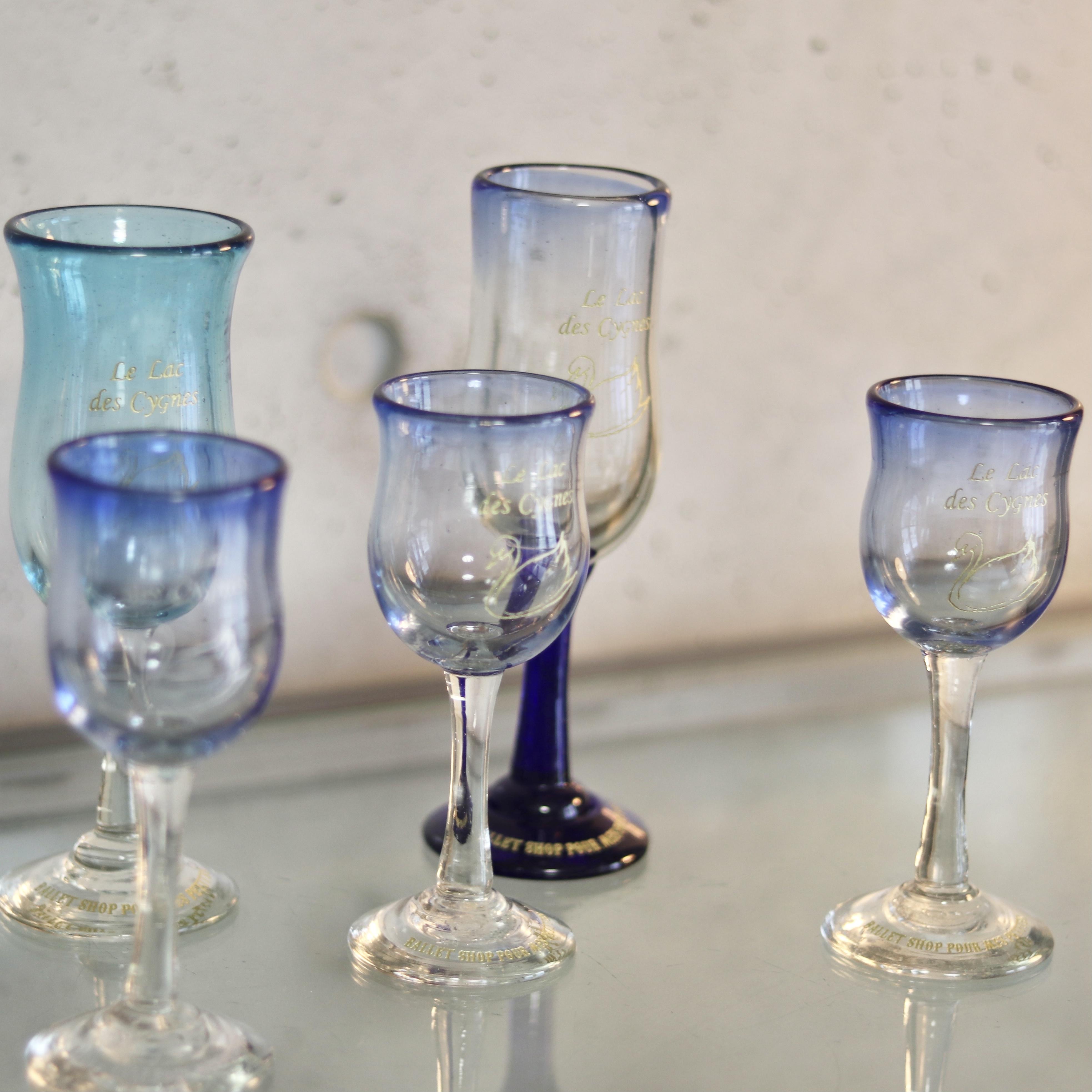 オリジナル琉球ガラス:ワイングラス スワン3