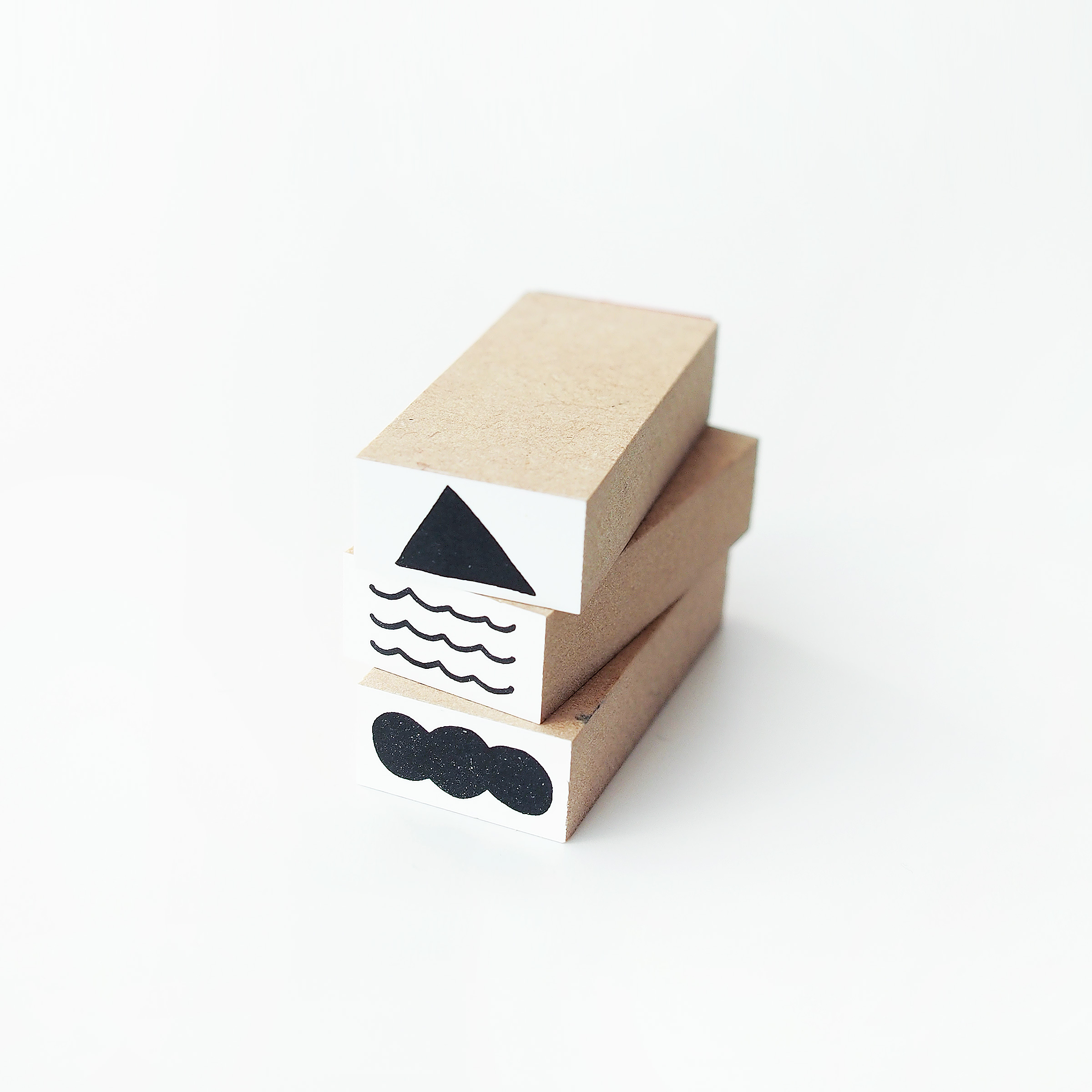 【S】POCONUR STAMP(ポコヌルスタンプ)|カタチ