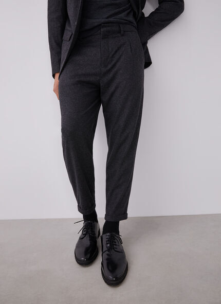 ANKLE LENGTH CARROT TROUSERS