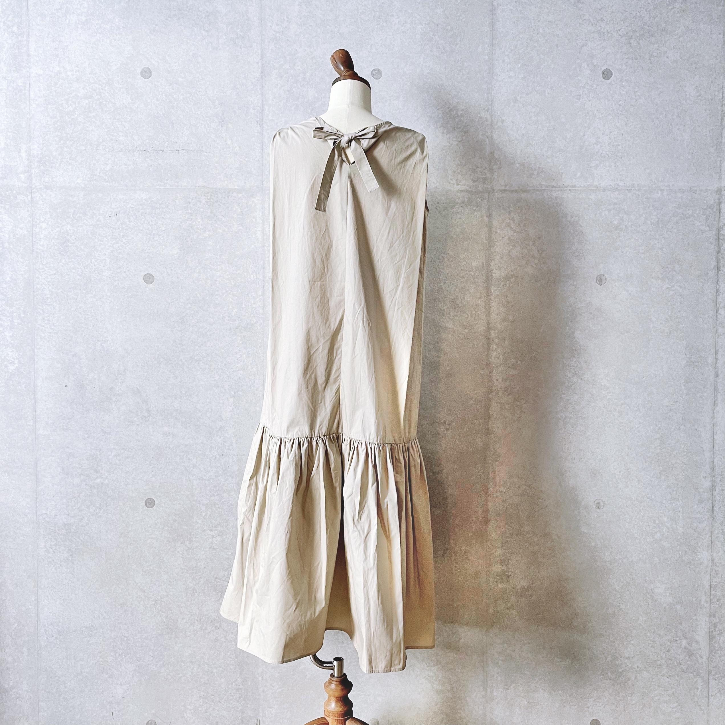 バックリボン裾切替ノースリーブワンピース