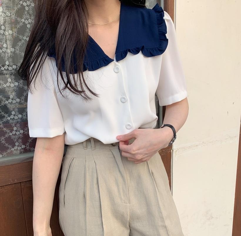 レトロ襟シャツ