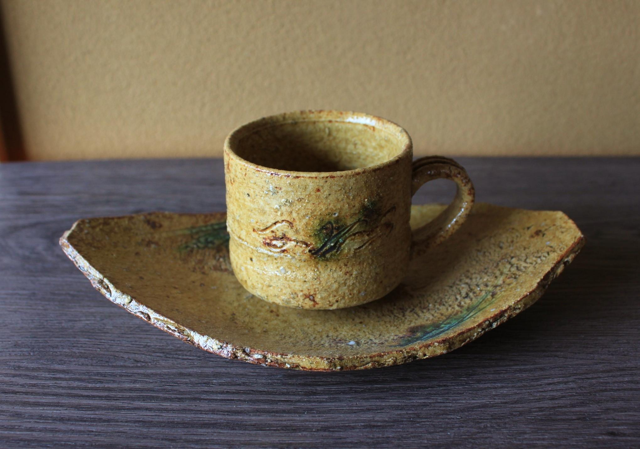 黄瀬戸碗皿