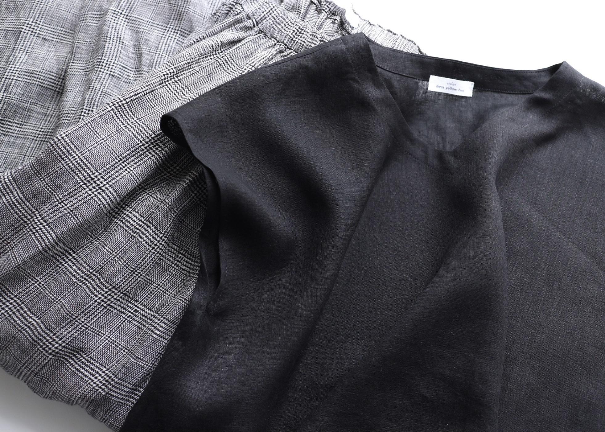 サラリと涼しい!リネン100% フレンチスリーブフレアーブラウス(黒)