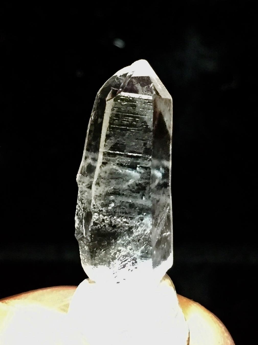 2) 高千穂岩戸水晶(ミニサイズ美品)