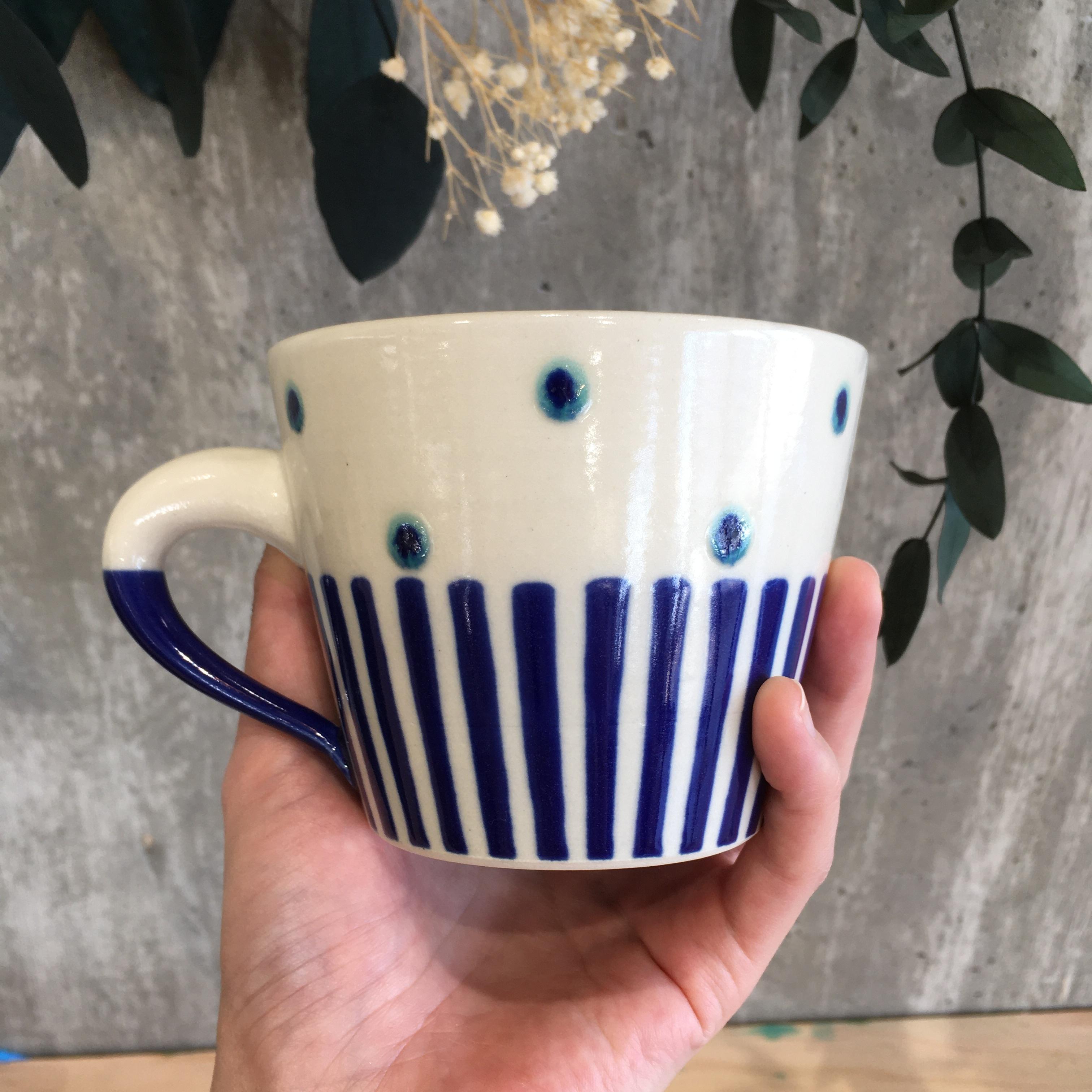 『高江洲陶磁器』 マグカップ(低)ストライプ 青