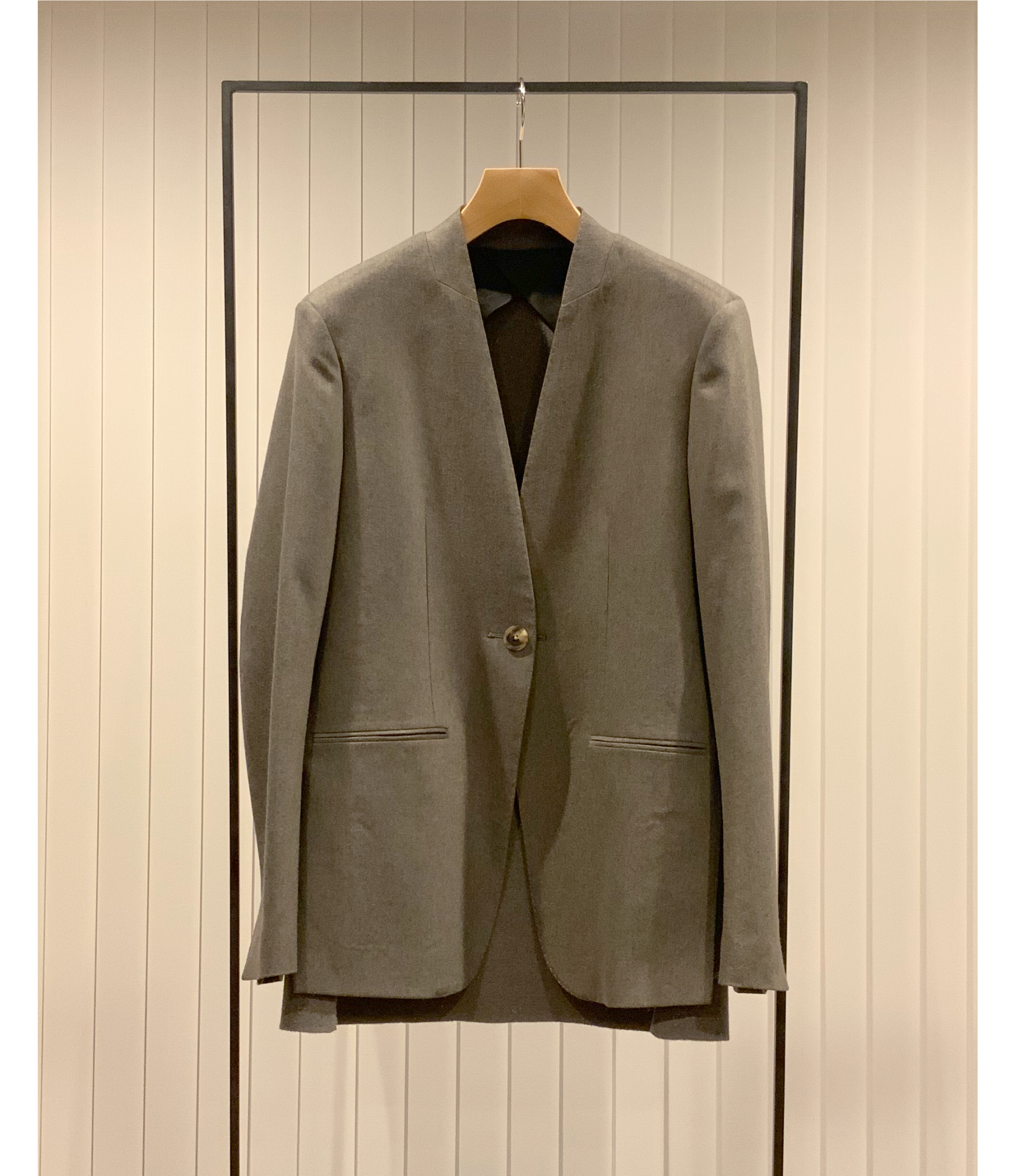 Collarless Jacket / Greige