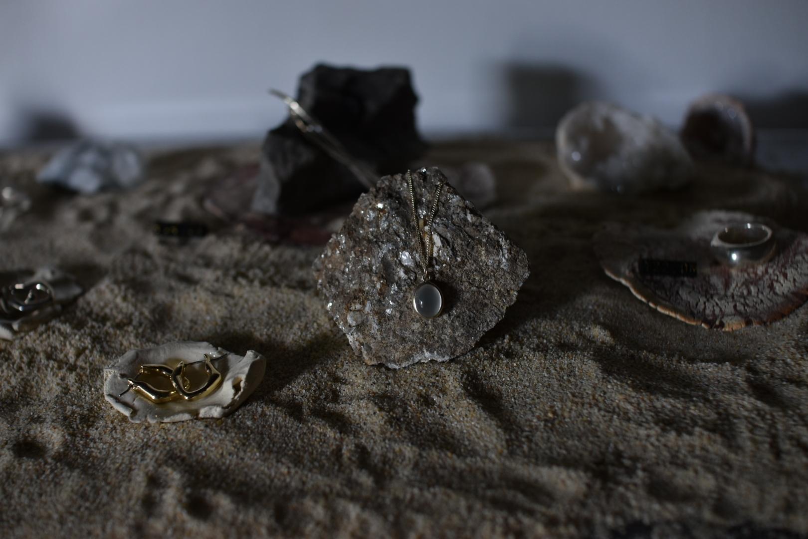 GAGAN  moonstone necklace silver925
