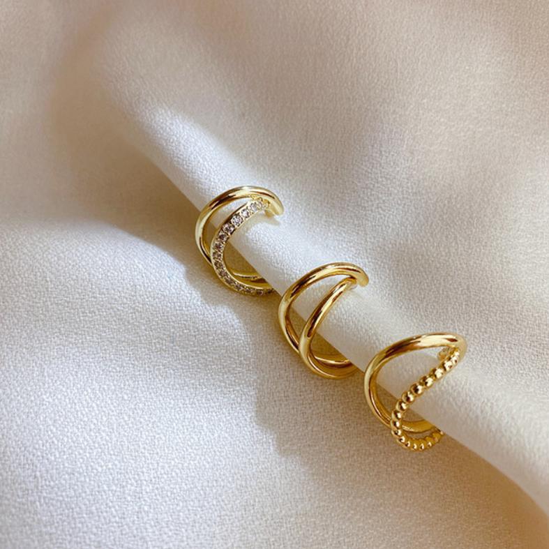 twist gold cuff c018