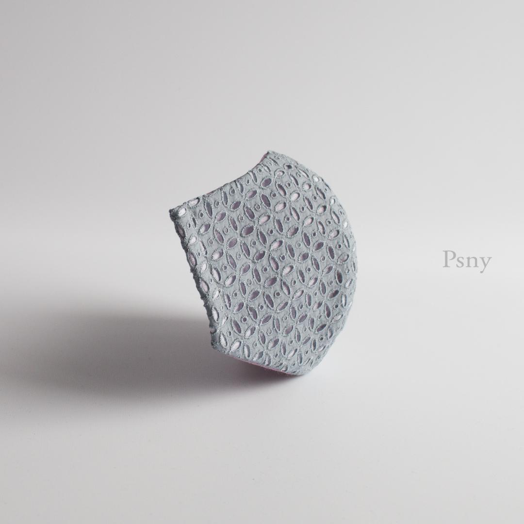 PSNY バラード・フルリィ・シルバー・グレーのレース・マスク 花粉 不織布フィルター入り 上品 清楚 肌面・綿・リネン・シルク選択可 花柄 レトロデザイン 立体 おとな ますく マスク --LB06