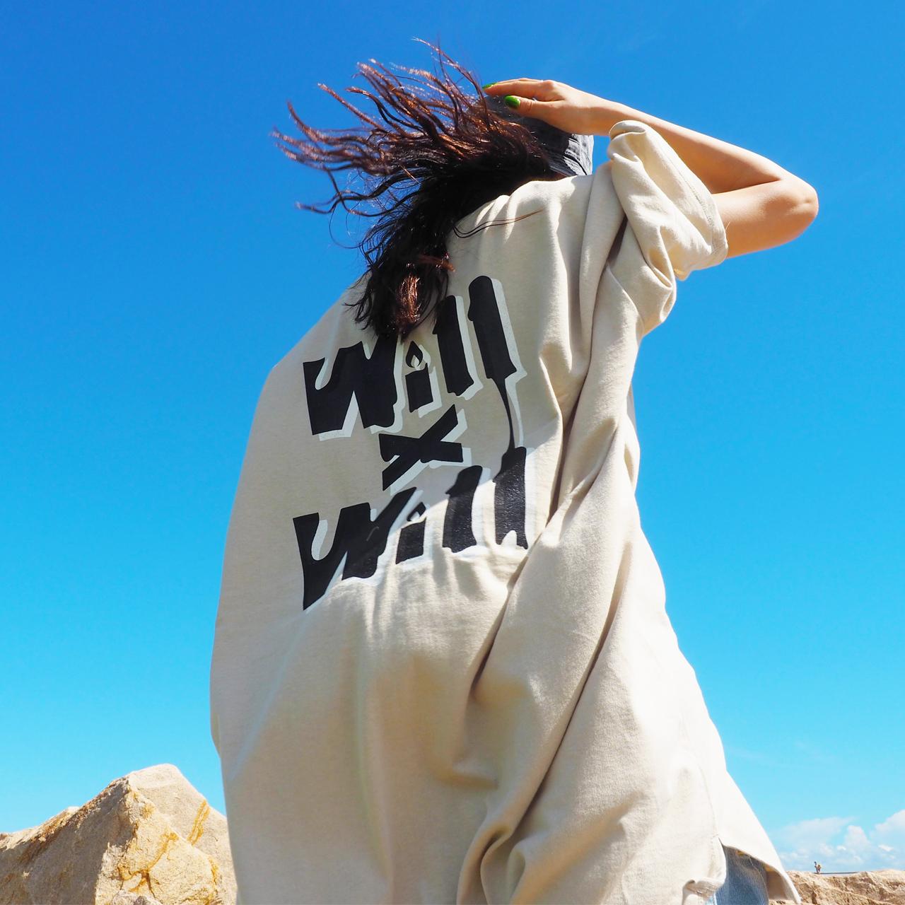 WillxWill Candle Light Big Silhouette T-shirts stone