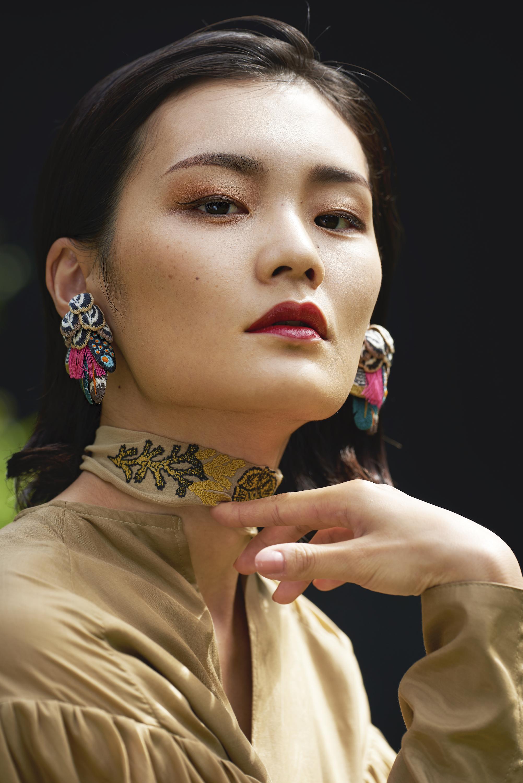 ARRO / Embroidery earring / Hunter / brown
