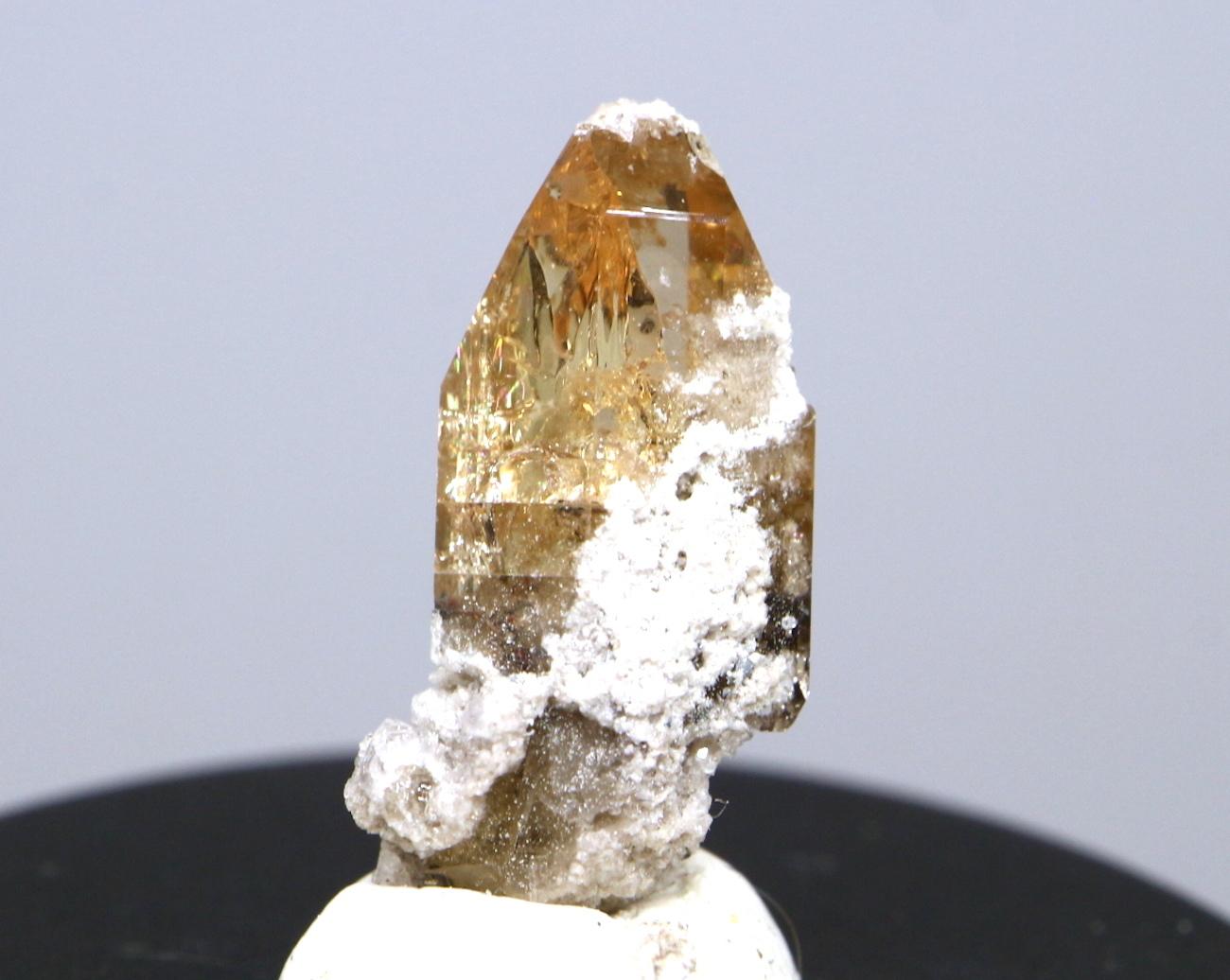 自主採掘!ユタ州産 トパーズ 1,2g 原石 標本 TZ033