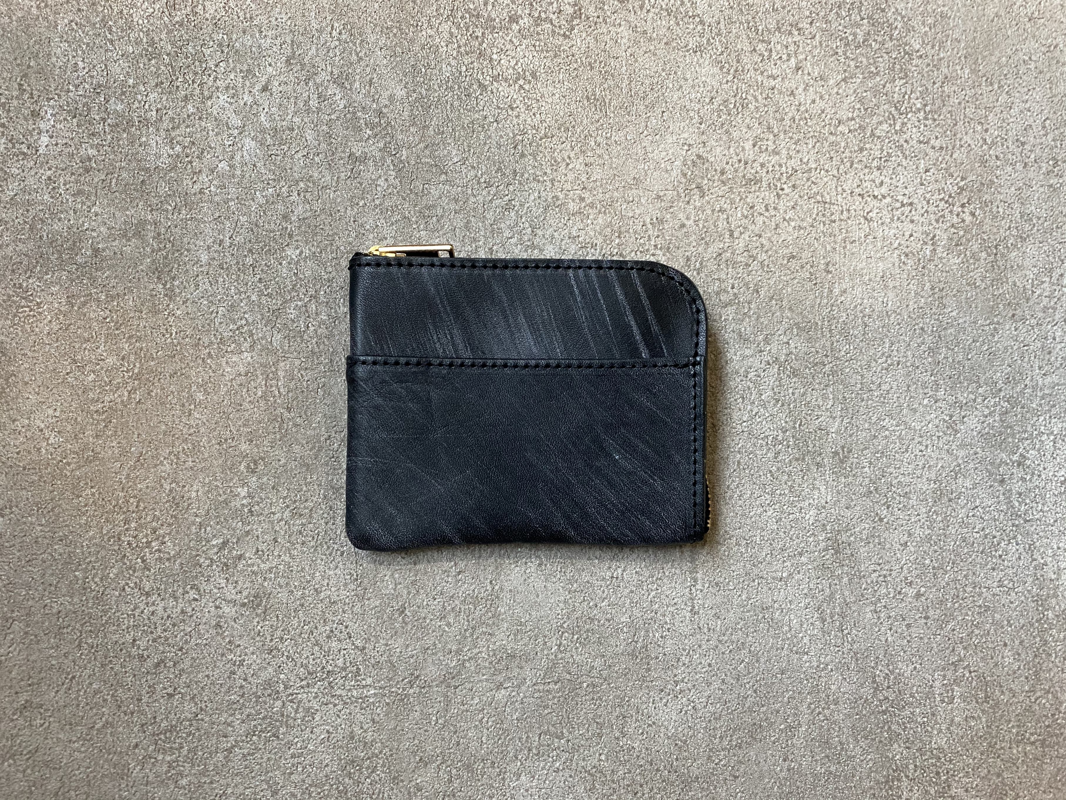 L-shaped Small Wallet: (vegetable tanned and waxed leather) Color : Black
