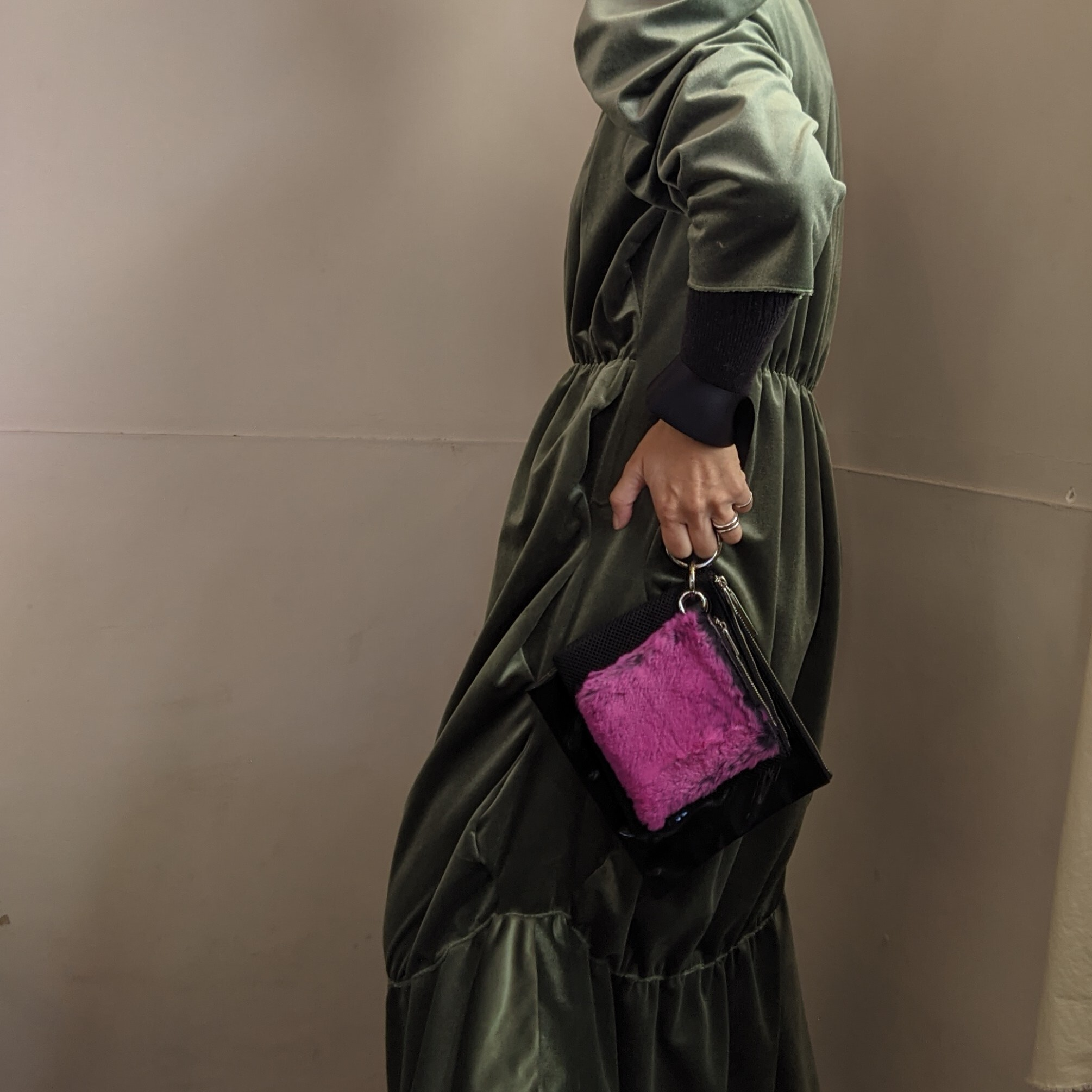 ☆pink last1 ☆【 ikot 】イコット ラビットファー 3ポーチbag