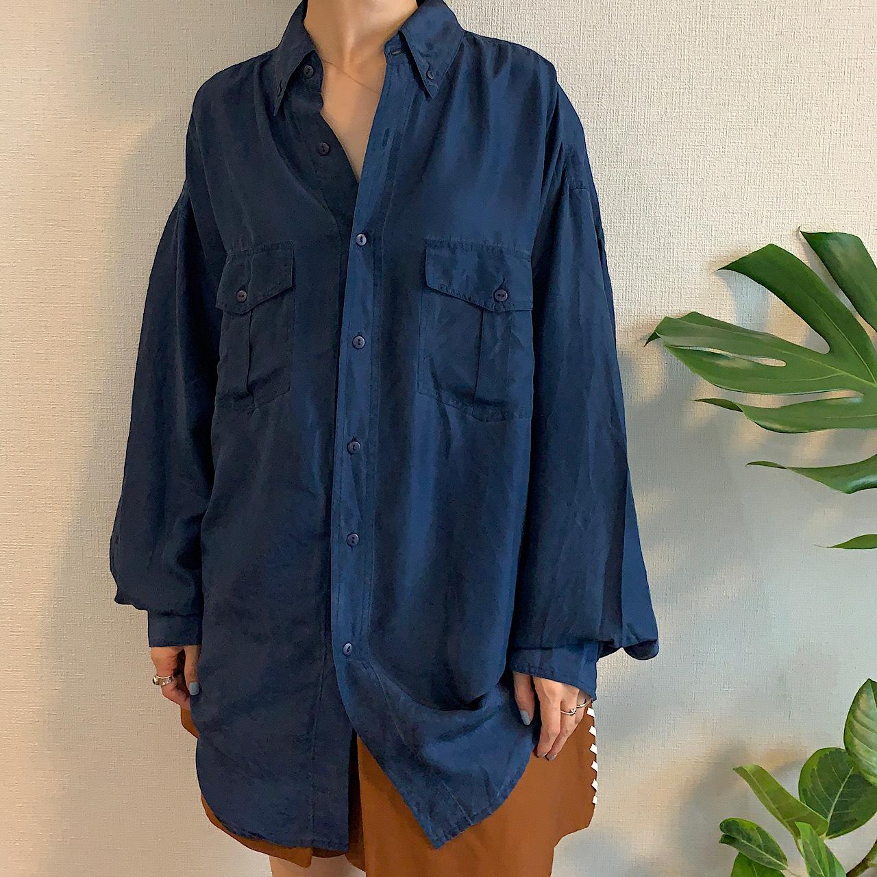 90's Navy silk shirt blouse