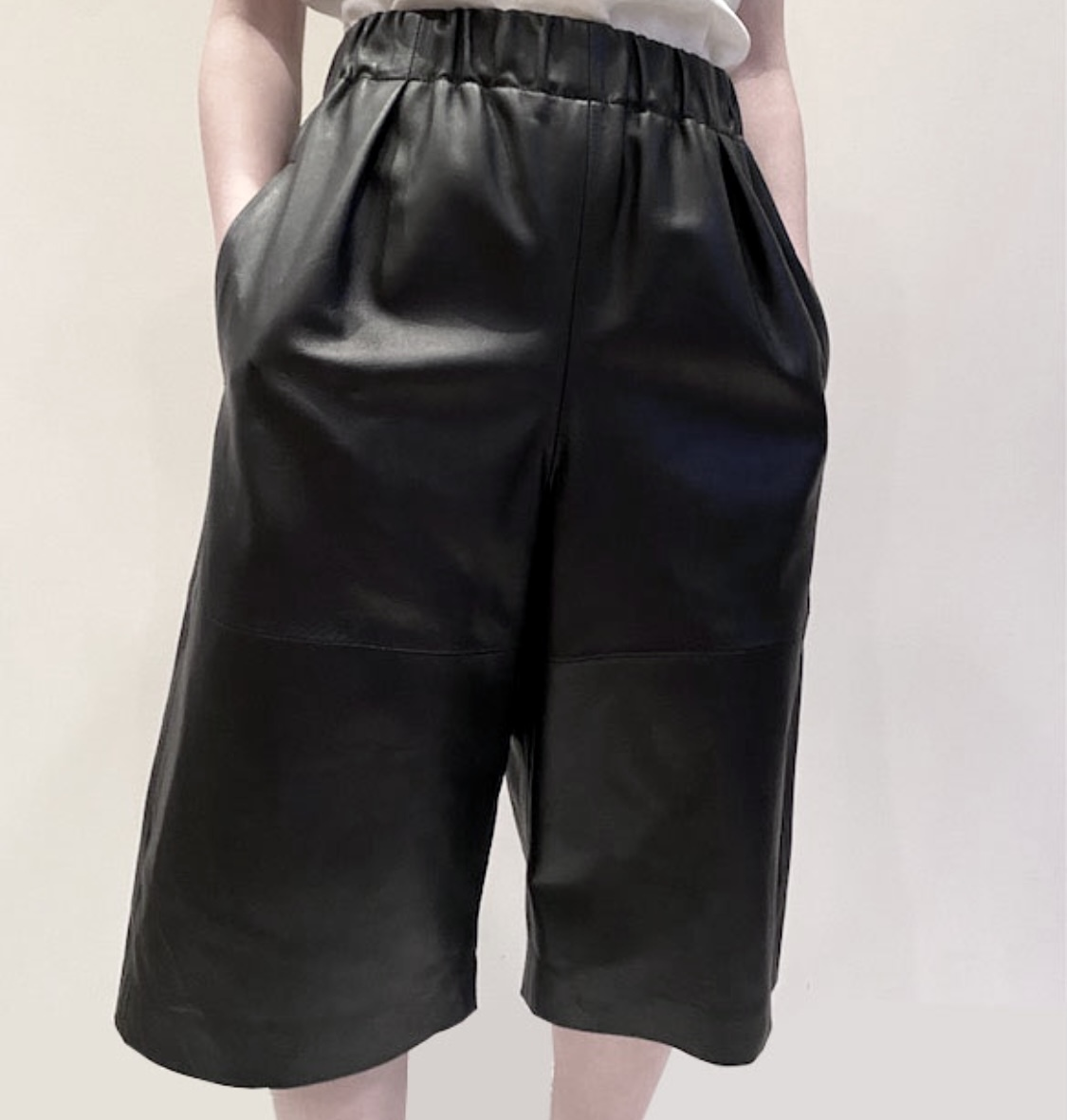 pelleq   [LAMB LEATHER SHORTS ]