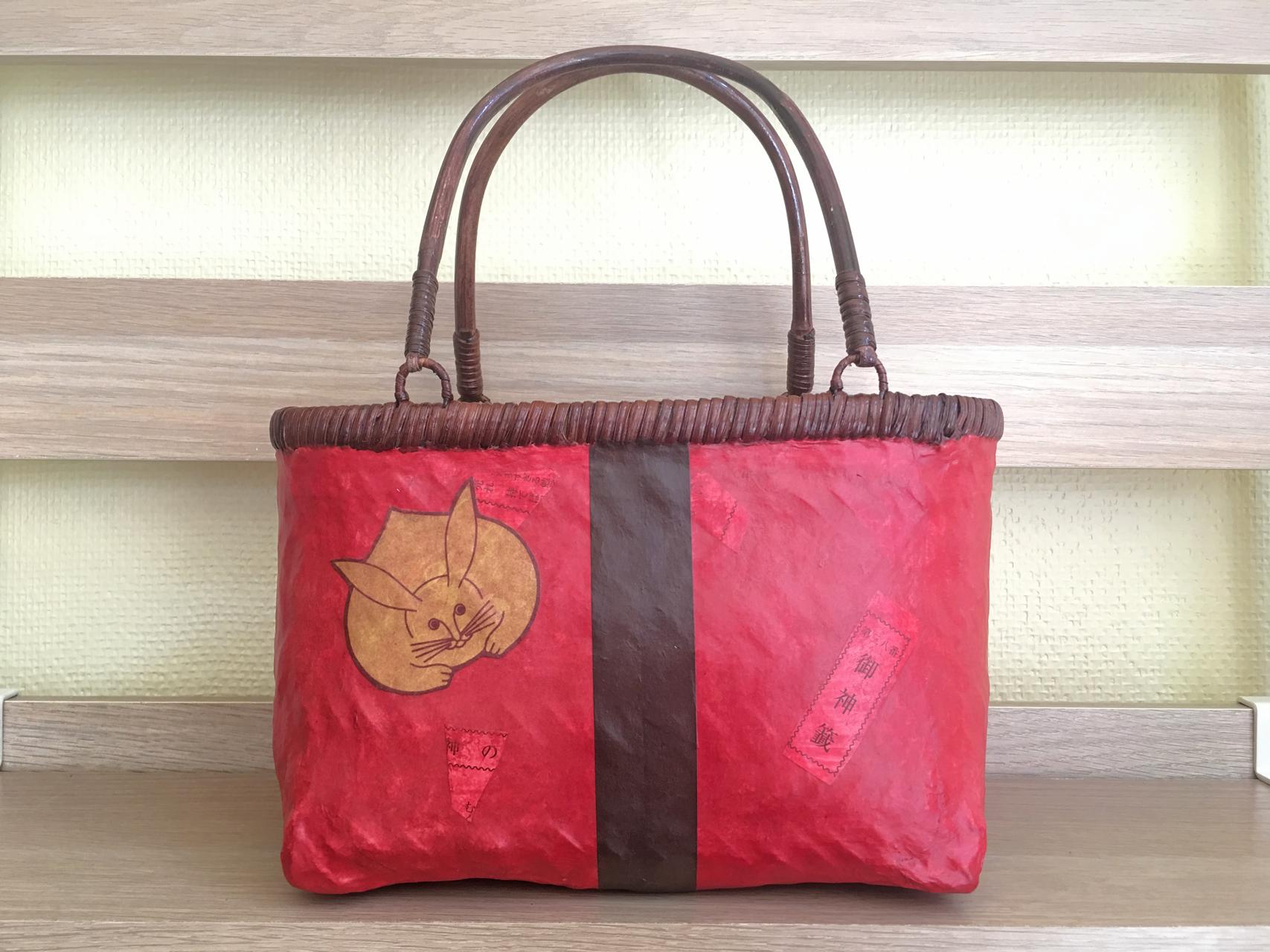 おみくじ入り和紙赤色兎かごバッグSサイズ