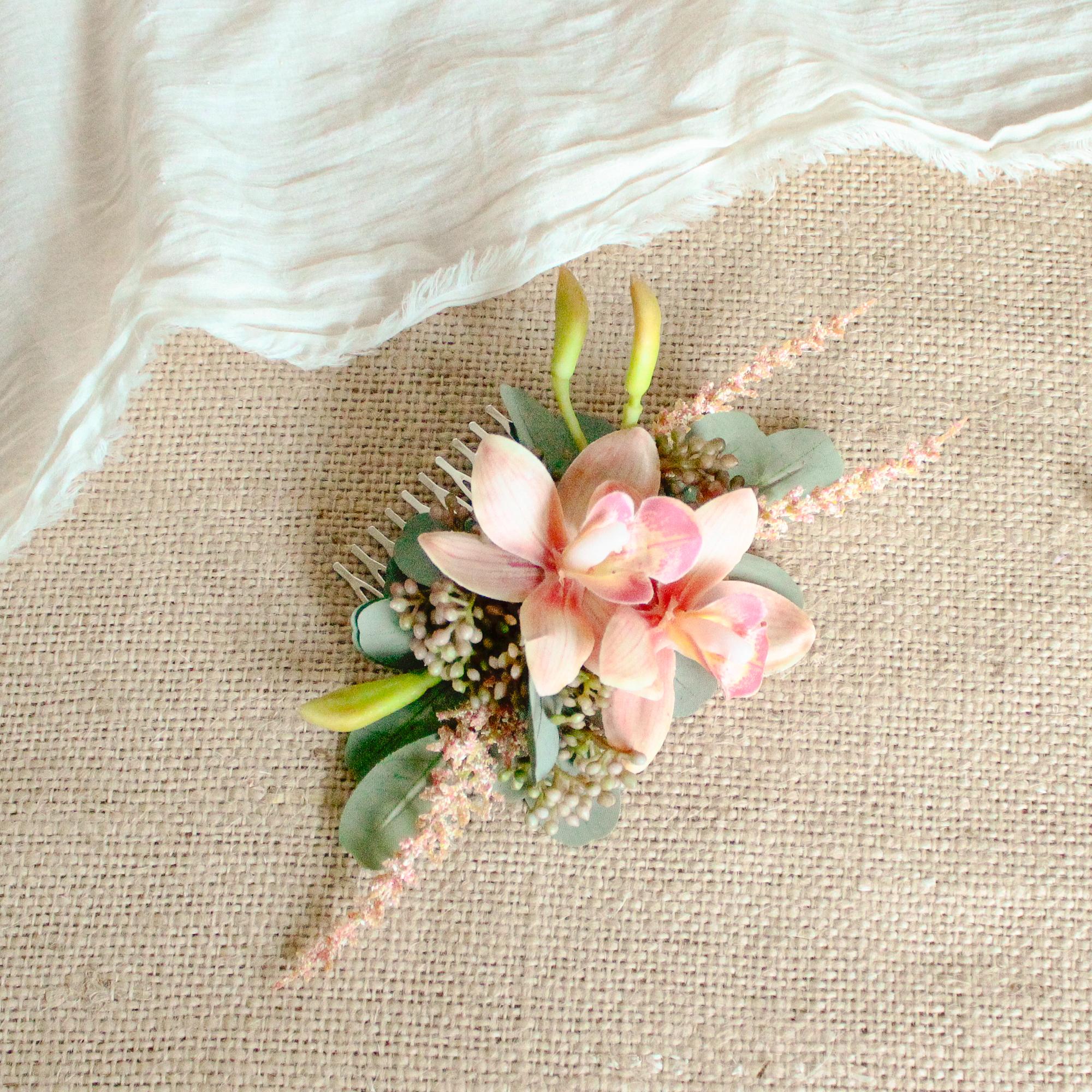 "Hair ornament for ""Hot color Bouquet """
