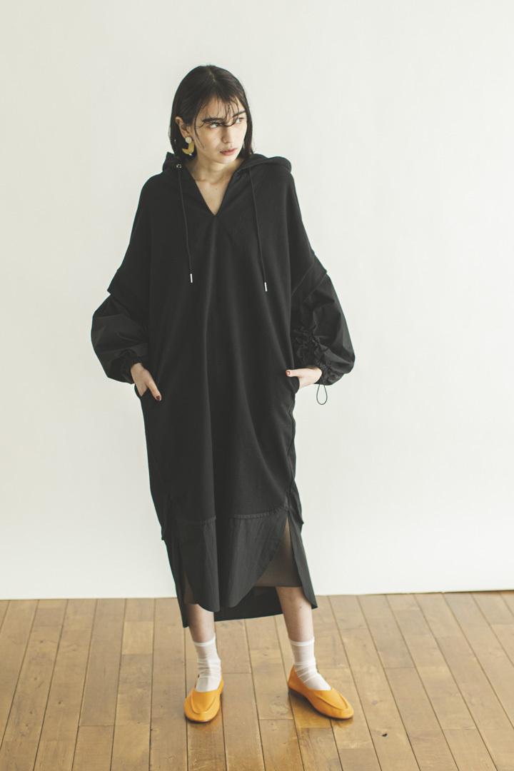 バルーンスリーブパーカードレス < ブラック >