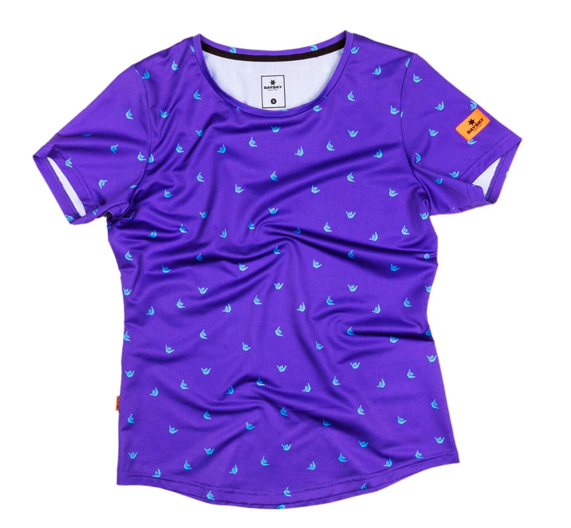 【10%OFF】SAYSKY ランニングTシャツ Wmns Shaka Combat Tee - PURPLE SHAKA PRINT [レディーズ] FGRSS15