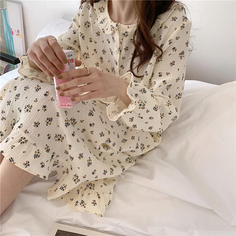 Floral pattern cotton onepiece pajamas