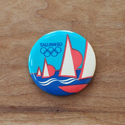 【ロシア】 エストニア タリン オリンピック 缶バッチ (ヨット) ヴィンテージ