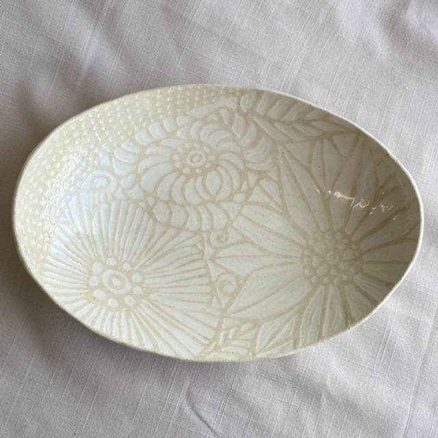 floral:オーバル皿/パスタ・カレー皿/花模様の器シリーズ(ベージュ)