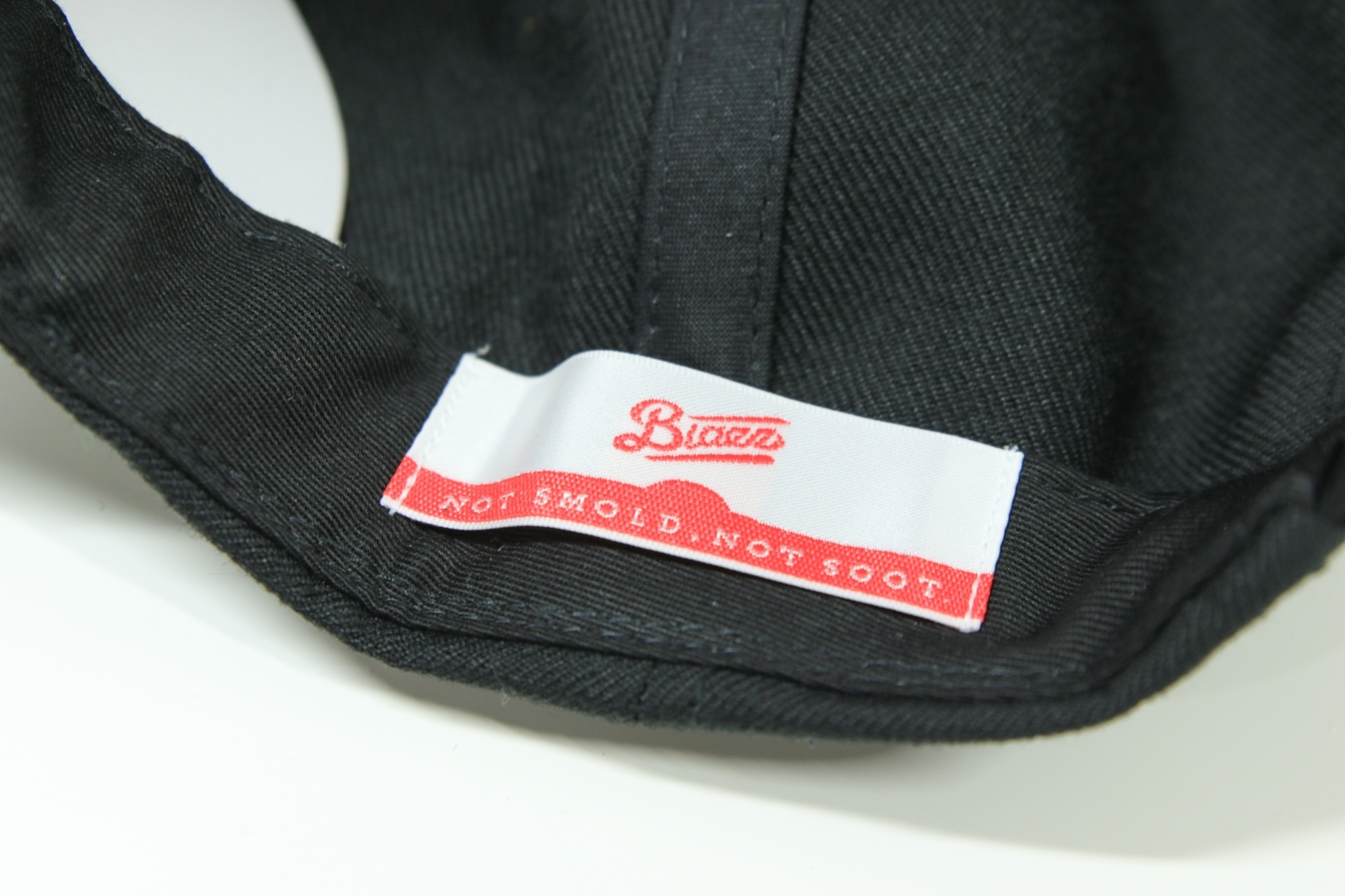 Blunt's Blazz B.B CAP 2021 [BLACK / WHITE]