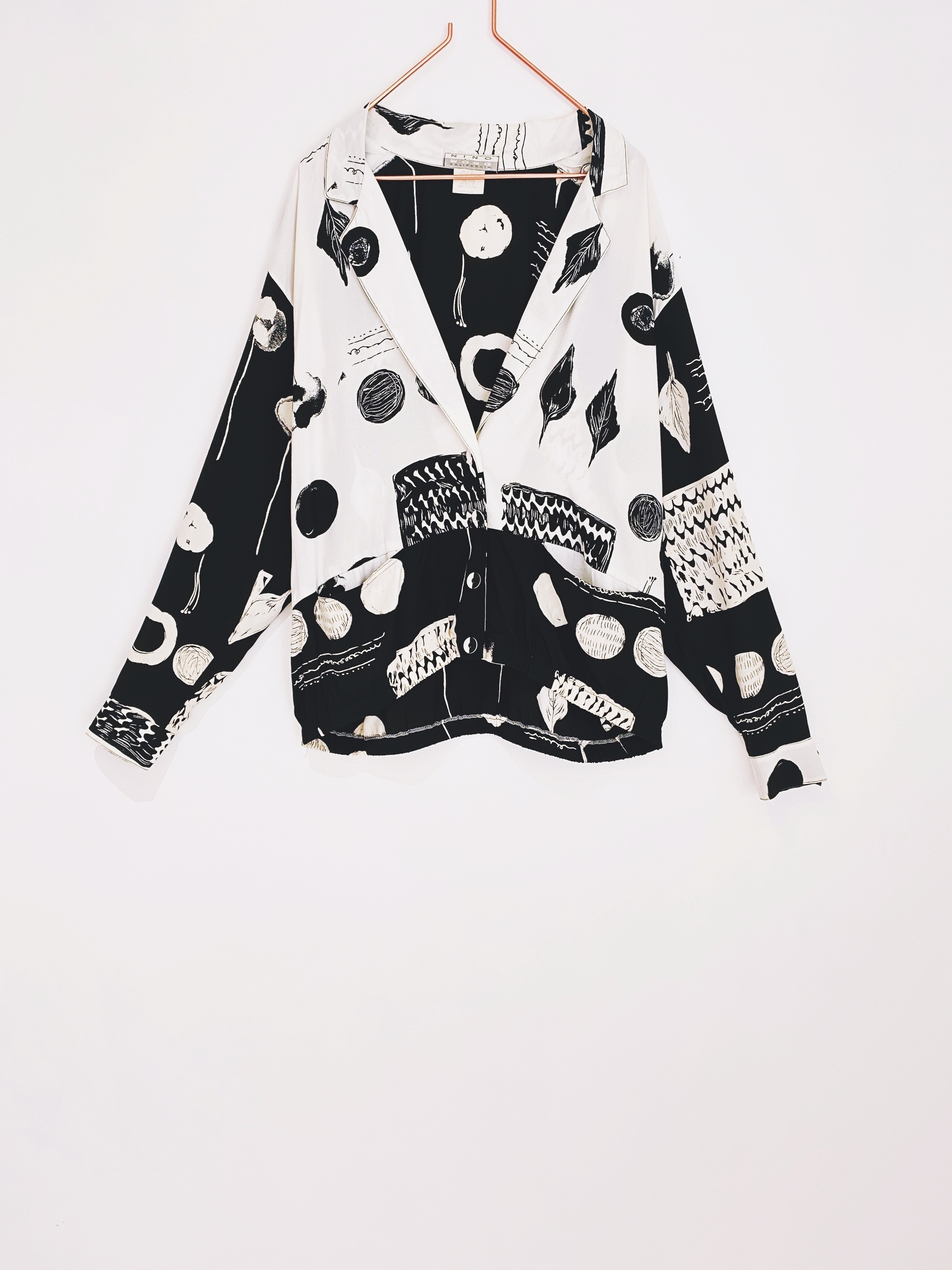 ◼︎80s vintage B&W art pattern rayon jacket from U.S.A◼︎