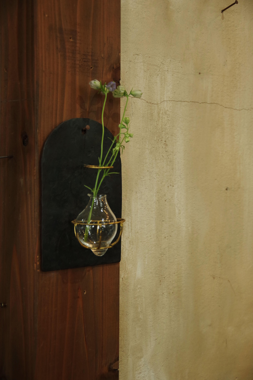 壁掛け花器③【イヅチ オサム】