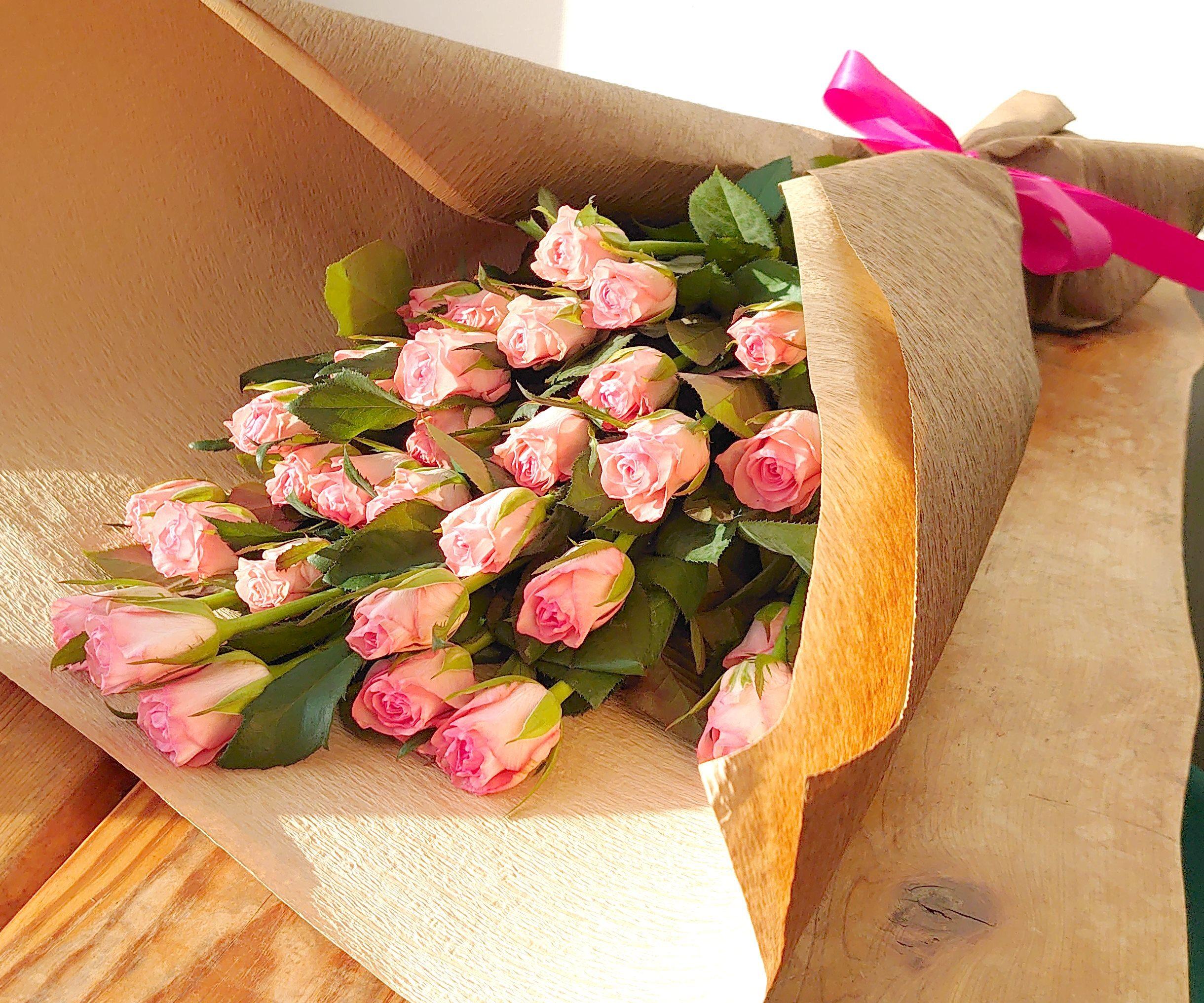 国産 ピンクバラ 品種はこちらにお任せ花束ラッピングあり 30本