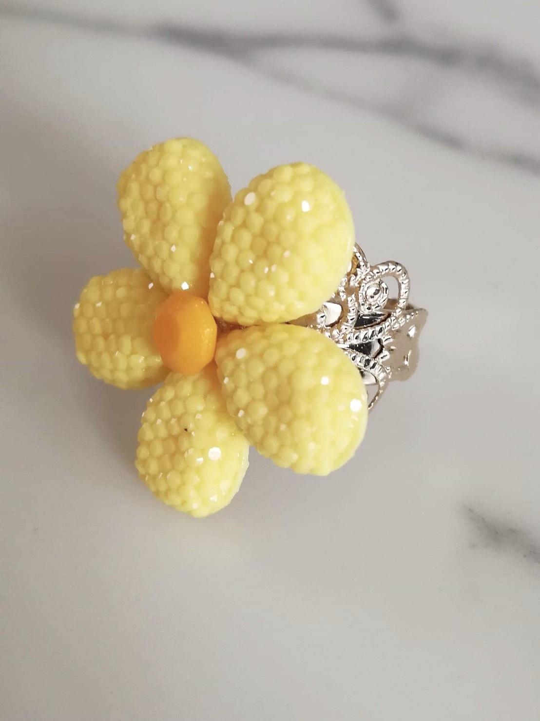 【送料無料】キャンディーフラワーリング(Bijoux Artigianale)