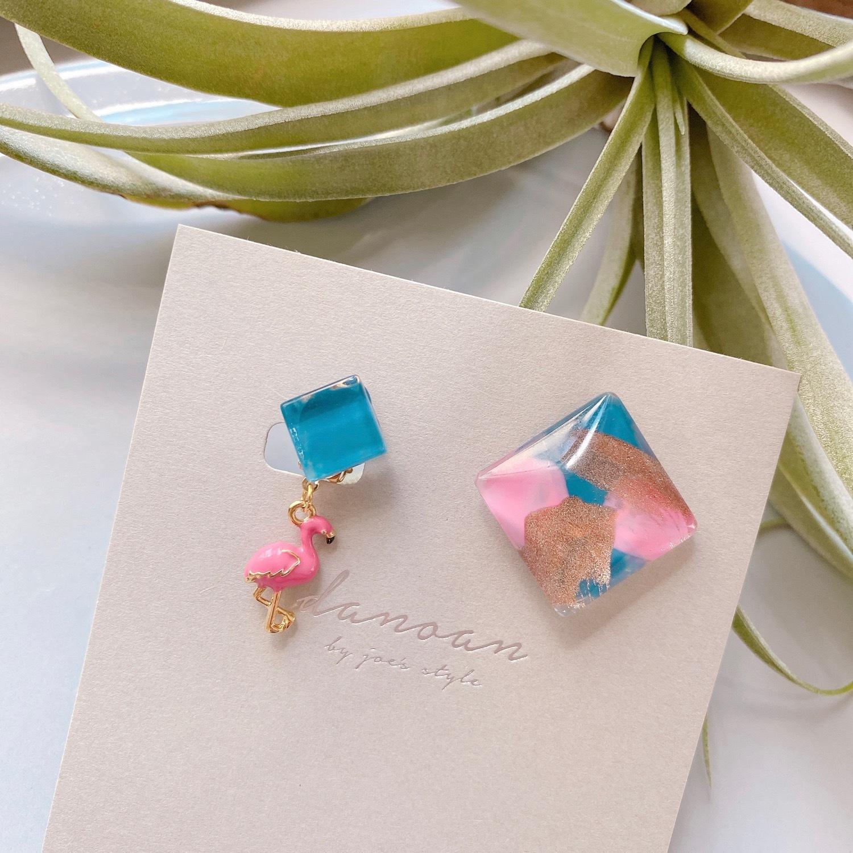 """ Earrings NO.danoan-87″ アシメフラミンゴ KCさま専用"