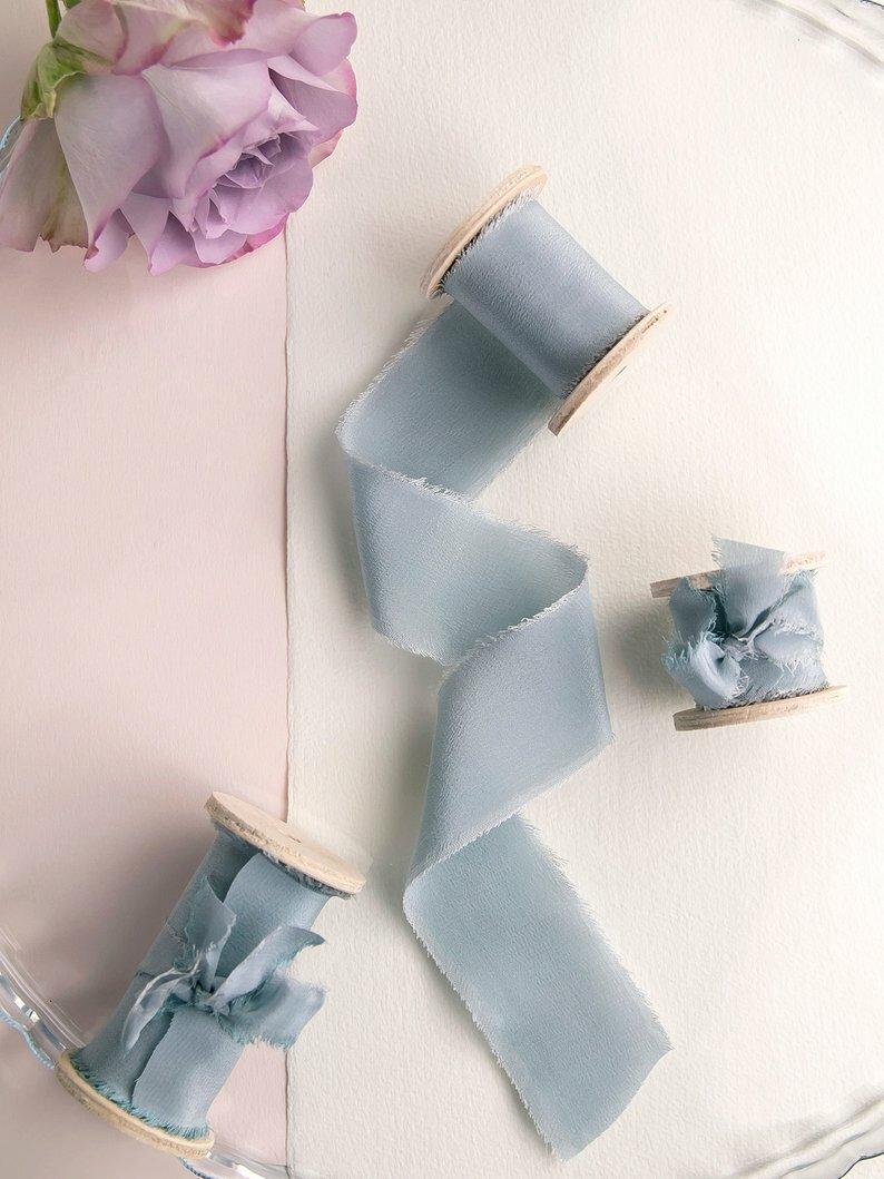Stell blue Silk Ribbon(手染め手裂きタイプ) ■木製スプール付 シルクリボン スチールブルー