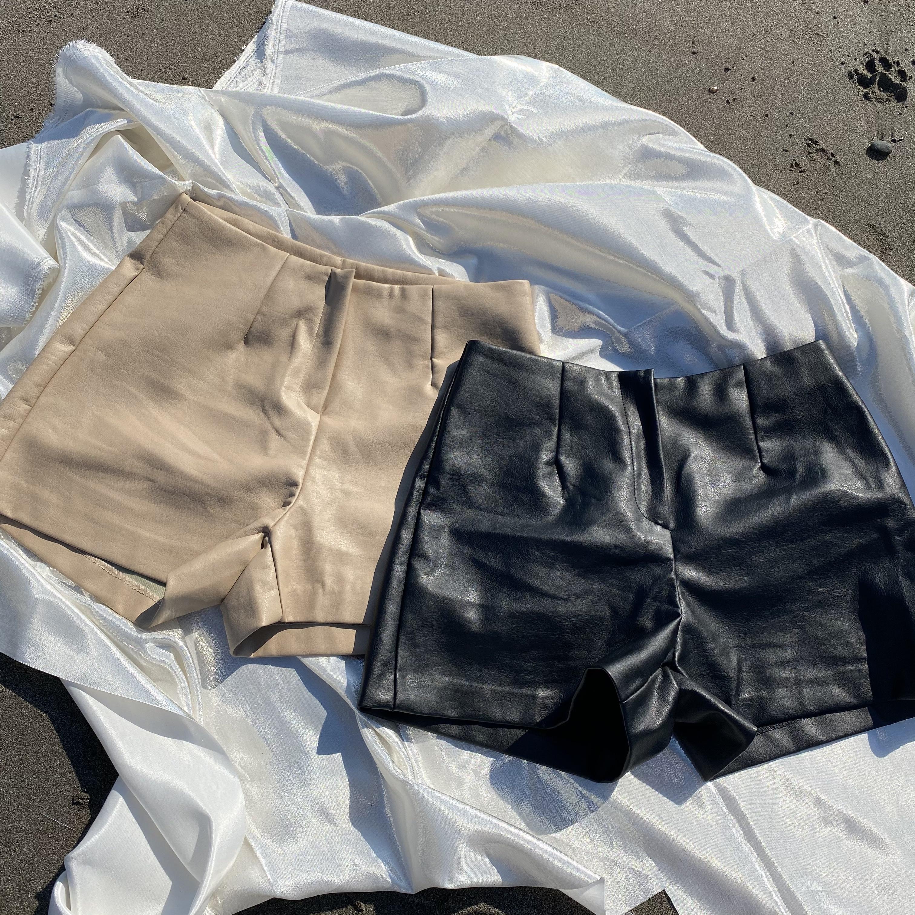 【Belle】leather short pants / beige